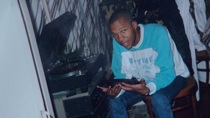 Drugshandelaar Patrick van Dillenburg in 2002 vermoord in Halfweg? Zijn lichaam is nooit gevonden en er zouden tal van aanwijzingen zijn dat hij nog leeft