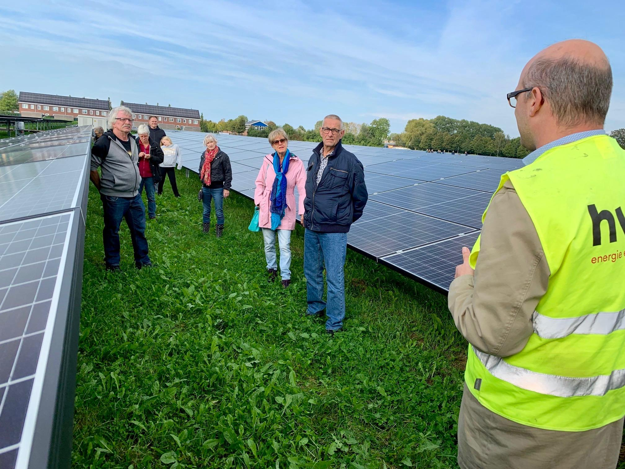 Nieuwe zonneweide Midwoud moet dik twintig jaar mee: 'Daarna woningbouw of nieuw zonnepark'
