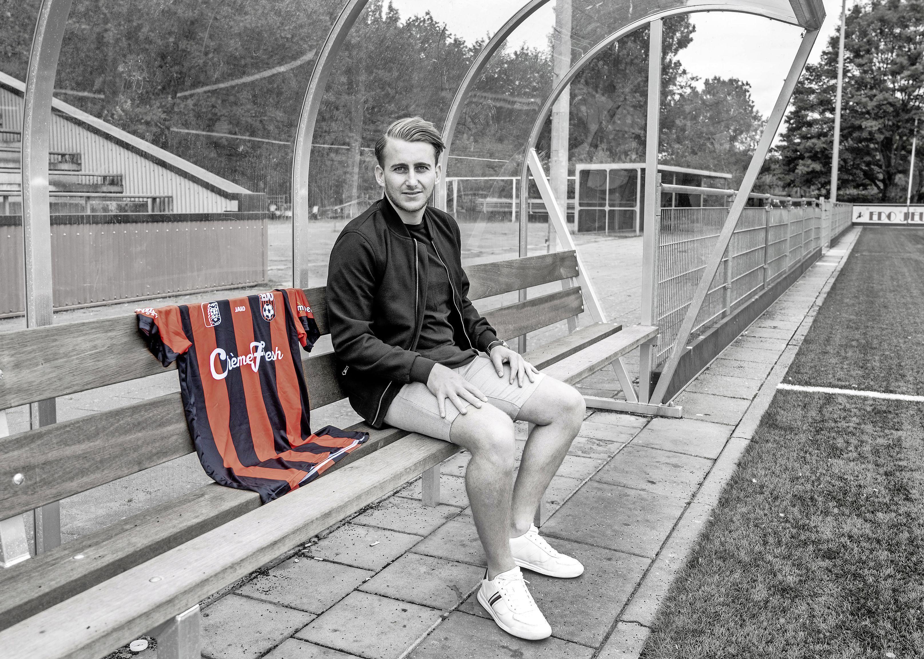 Sander Loogman wil hogerop voetballen en verkast van VVH naar EDO: 'Ik ga mijn stinkende best doen'