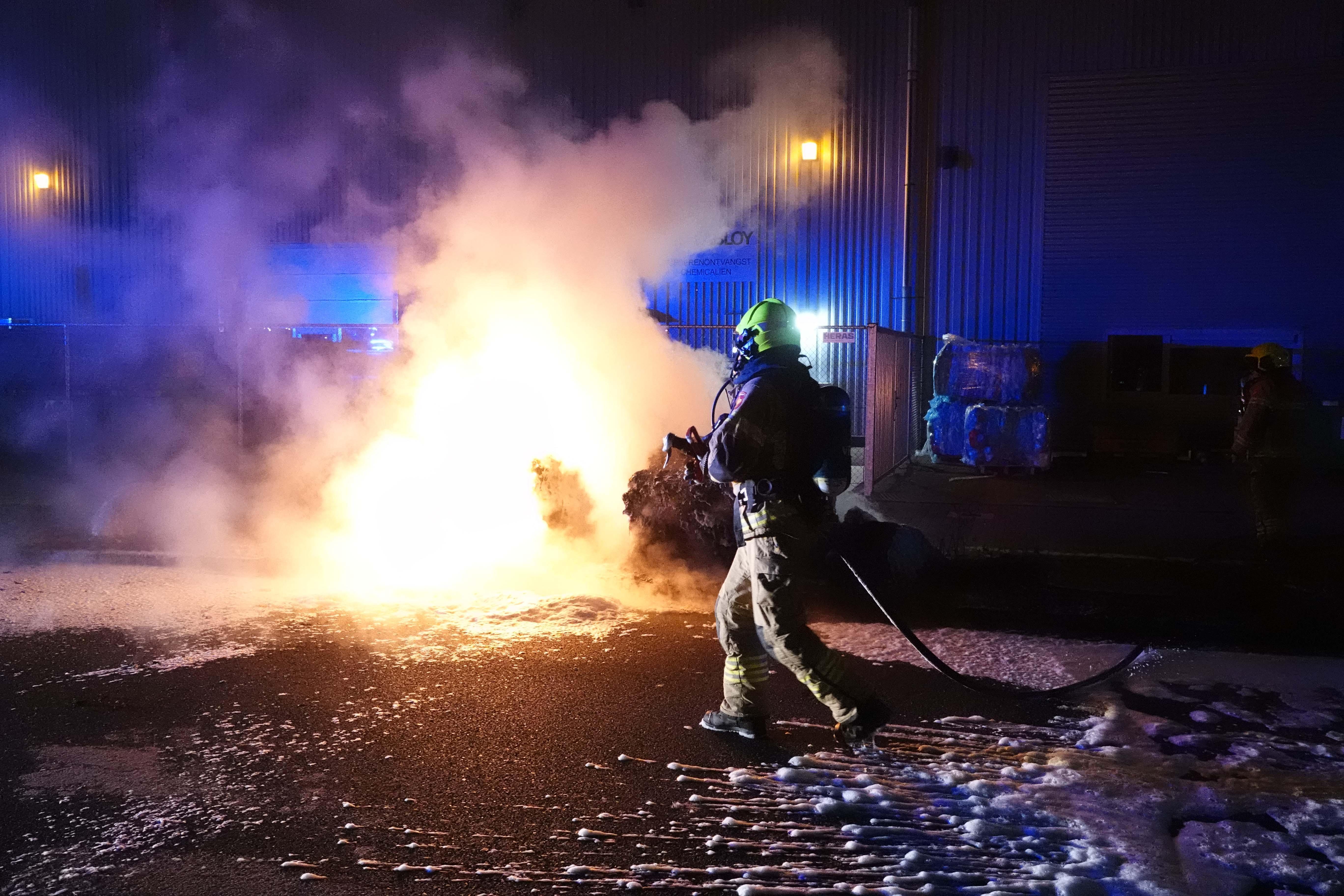 Twee brandjes in Heerhugowaard: bouwketen verwoest, jerrycans en gasflessen blijven gespaard