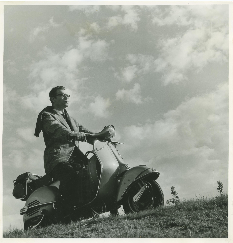 Wie heeft herinneringen aan Godfried Bomans? De schrijver is vijftig jaar geleden overleden en Bloemendaal heeft 2021 tot Godfried Bomans jaar uitgeroepen