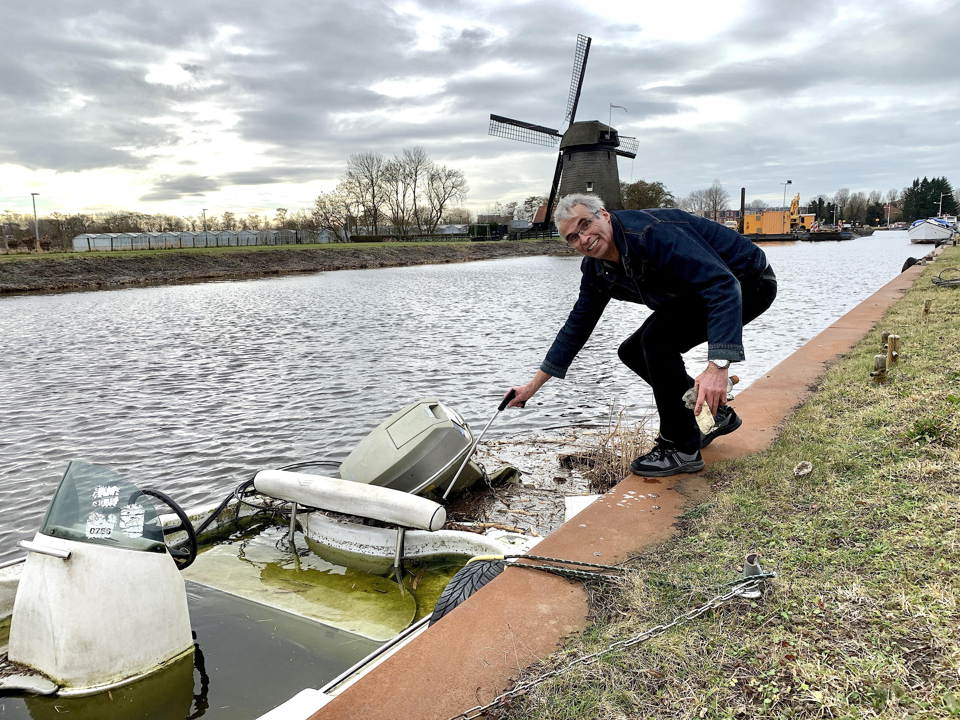 'Ergernis moet je ombuigen in actie' zegt Pieter uit Alkmaar. Hij is een stille, trotse, 'raper', iemand die vrijwillig dagelijks zwerfvuil opruimt