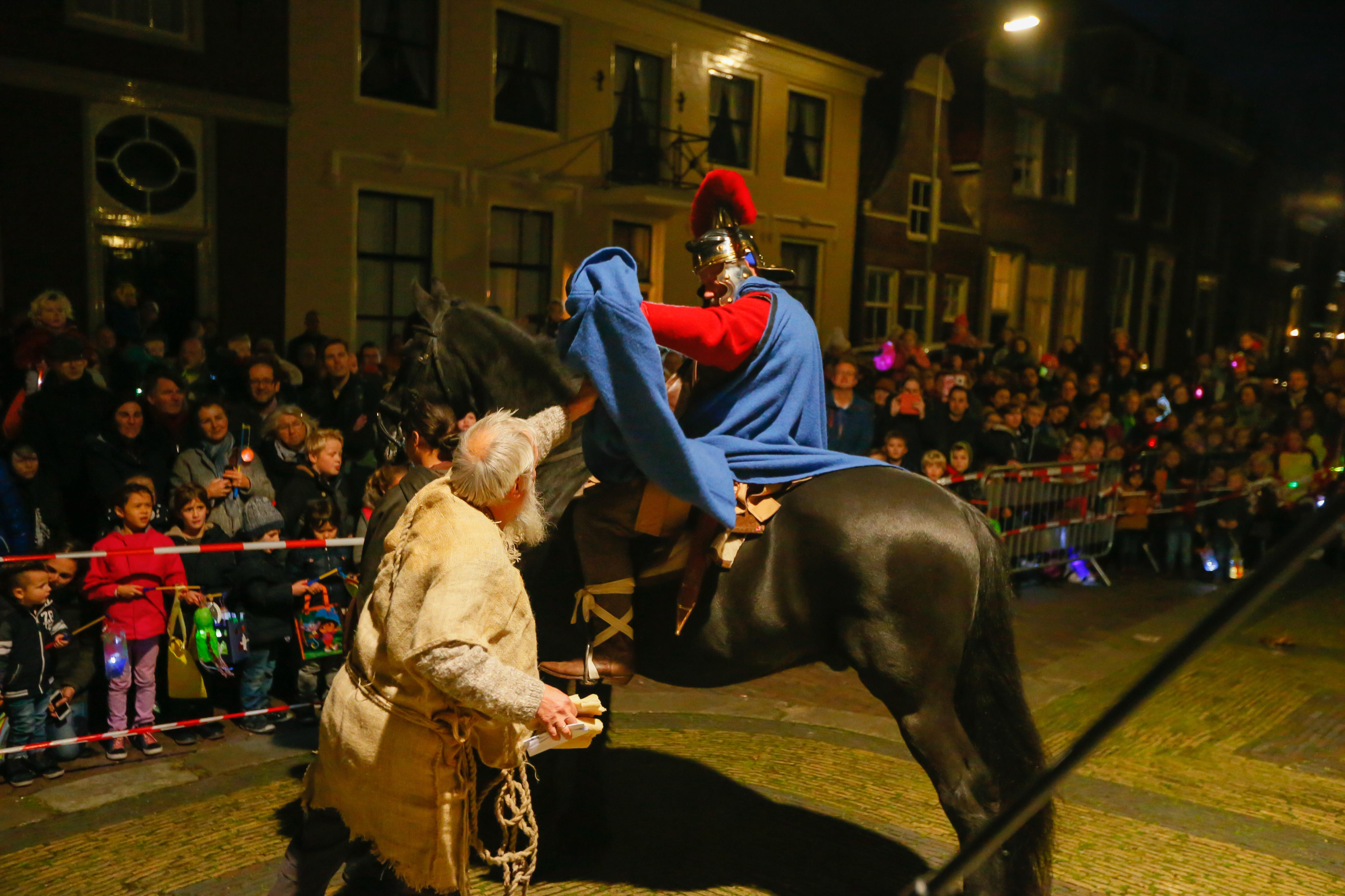 Sint-Maarten deelt zijn mantel dit jaar niet in Enkhuizen