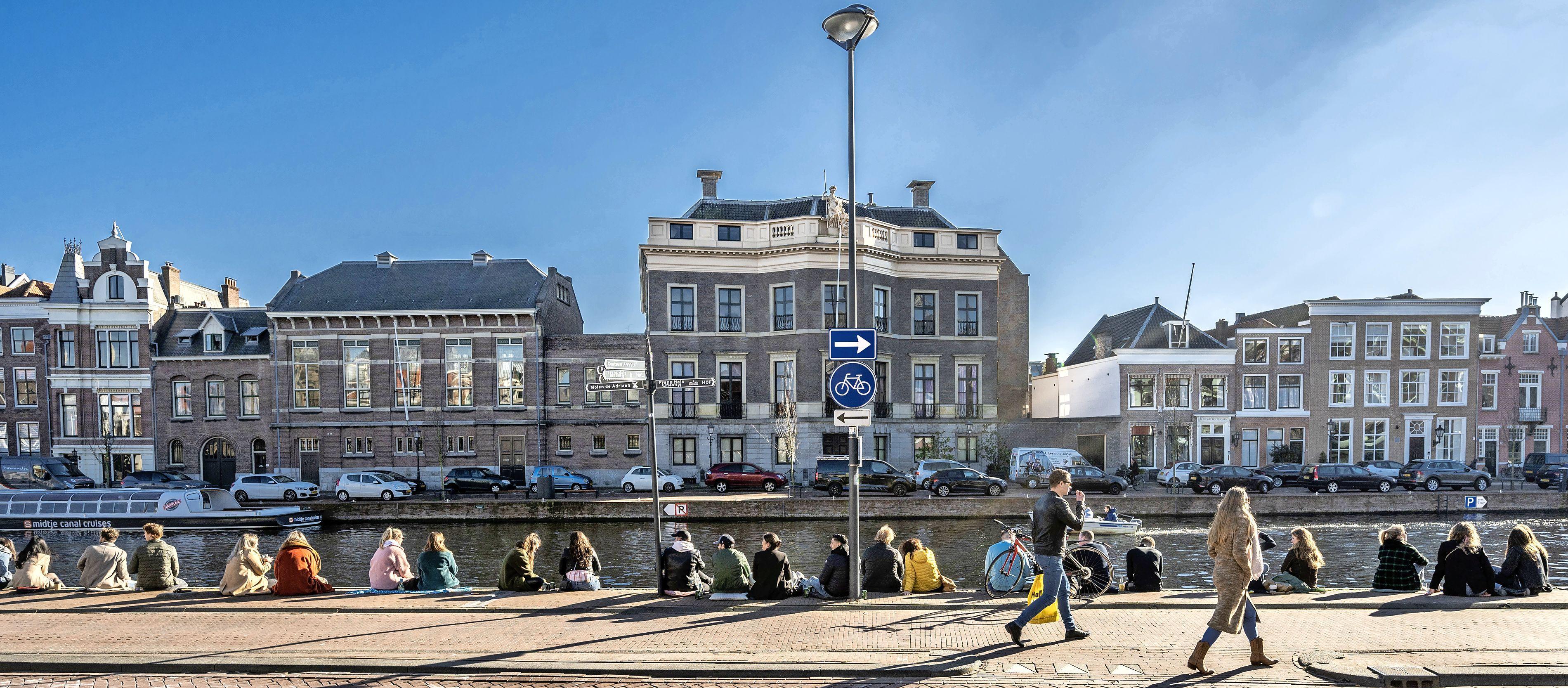 Fotoserie: Zo genoten Haarlemmers van een stralend weekend in de stad