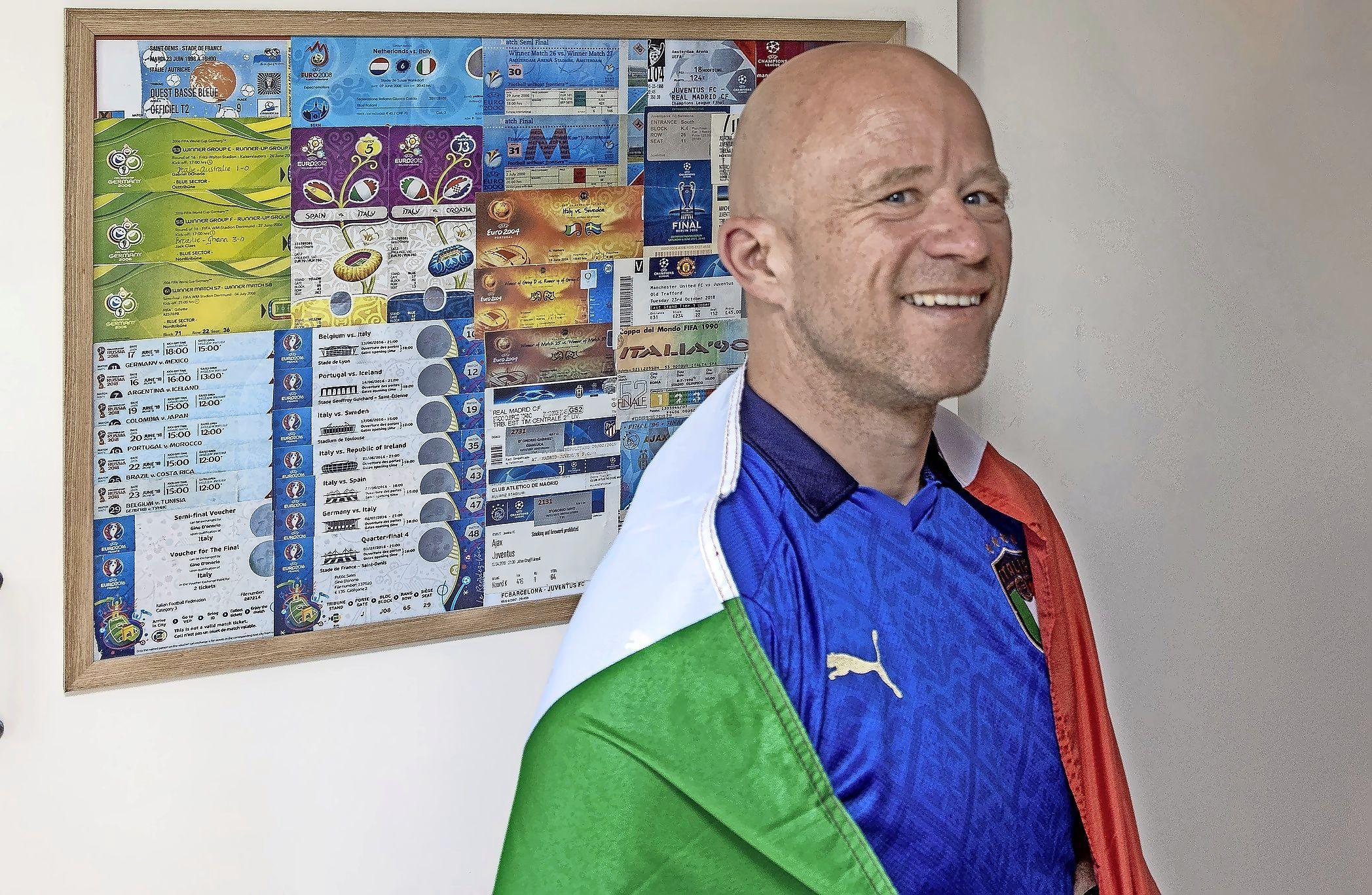 Ook bij de nationale ploeg van Italië kennen ze hem: Gino is er op het EK weer bij en heeft er al een prachtige trofee aan overgehouden