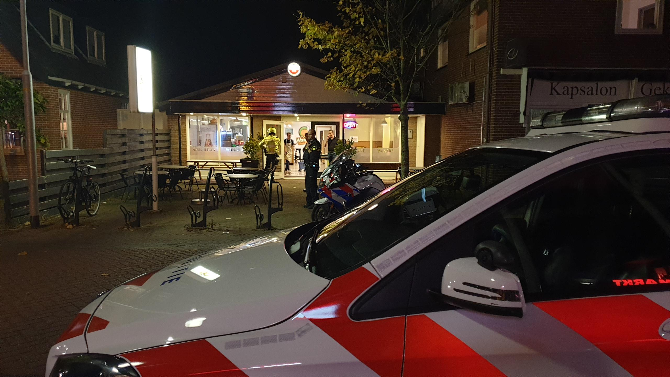 Politie lost waarschuwingsschot bij aanhouding overvallers op snackbar in Sint Pancras [update]