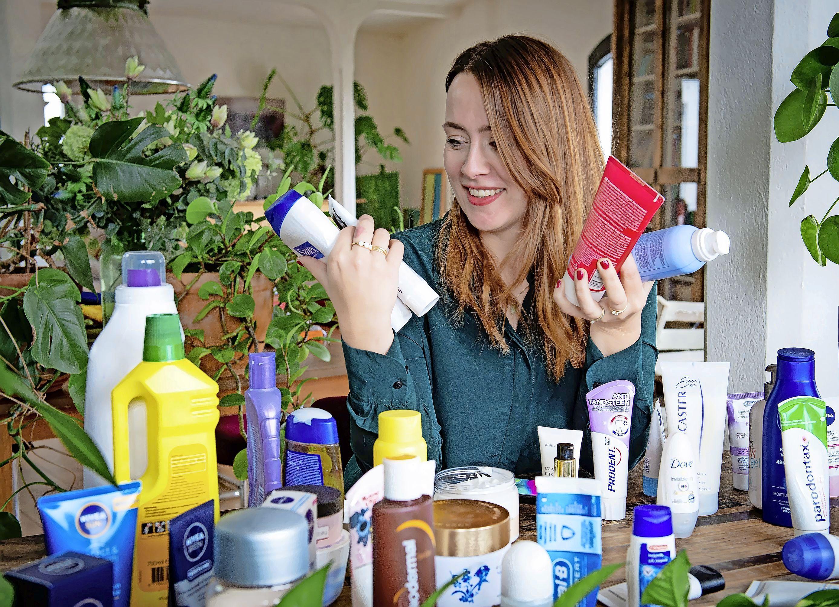 Europese wetgeving om microplastics uit verzorgingsproducten te weren is in de maak, maar is dat wel zo'n goede zaak?