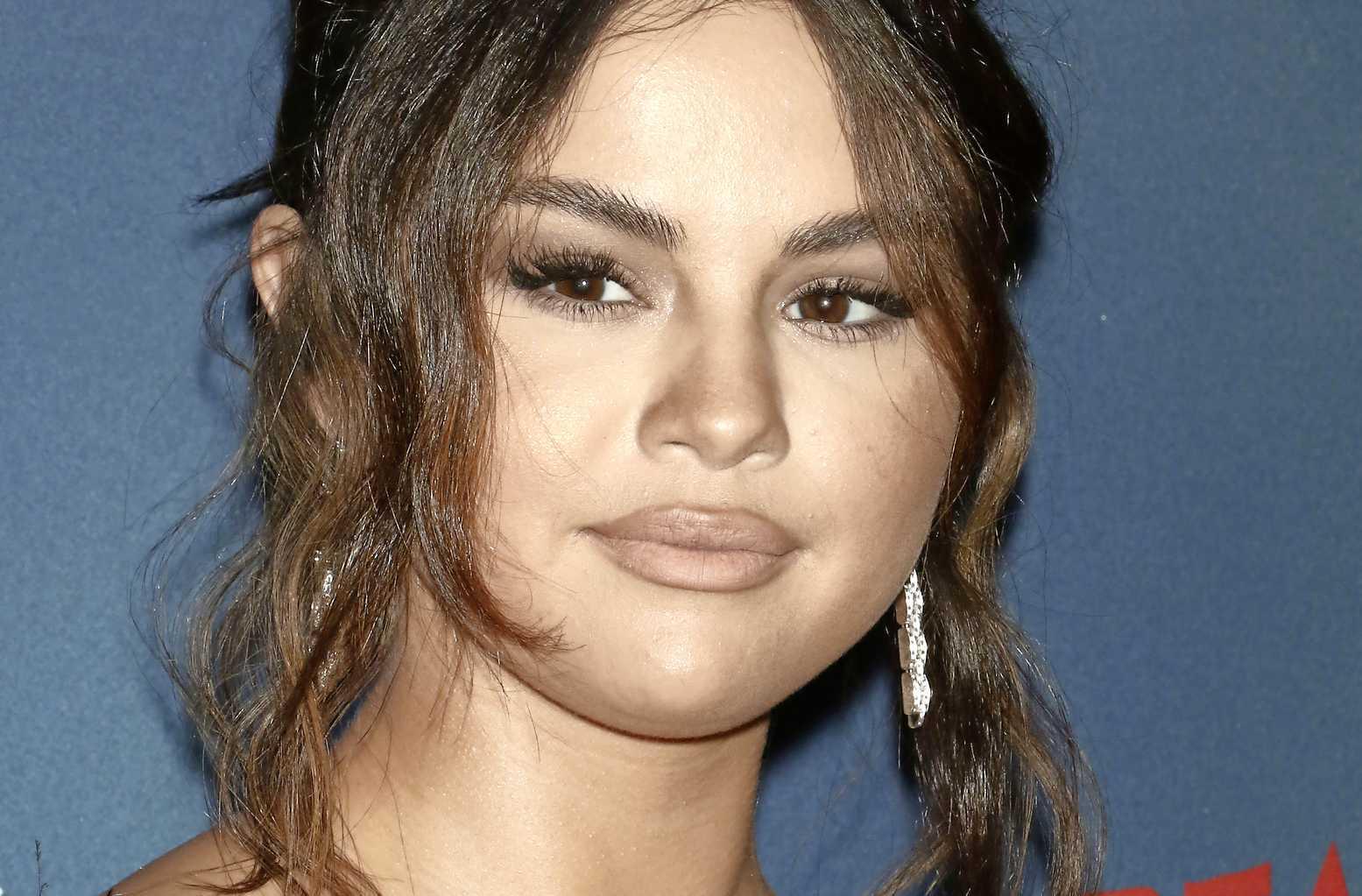 Dating geschiedenis van Selena Gomez hoe online dating beïnvloedt relaties