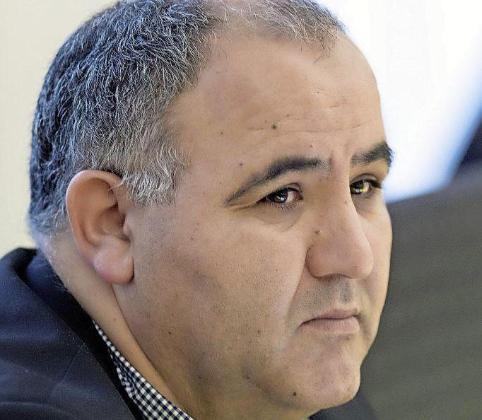Raadslid Mostapha El Aichi (CDA Haarlem) wil graag nog een ronde door: 'Wil je wat veranderen, dan moet je de politiek in' [video]