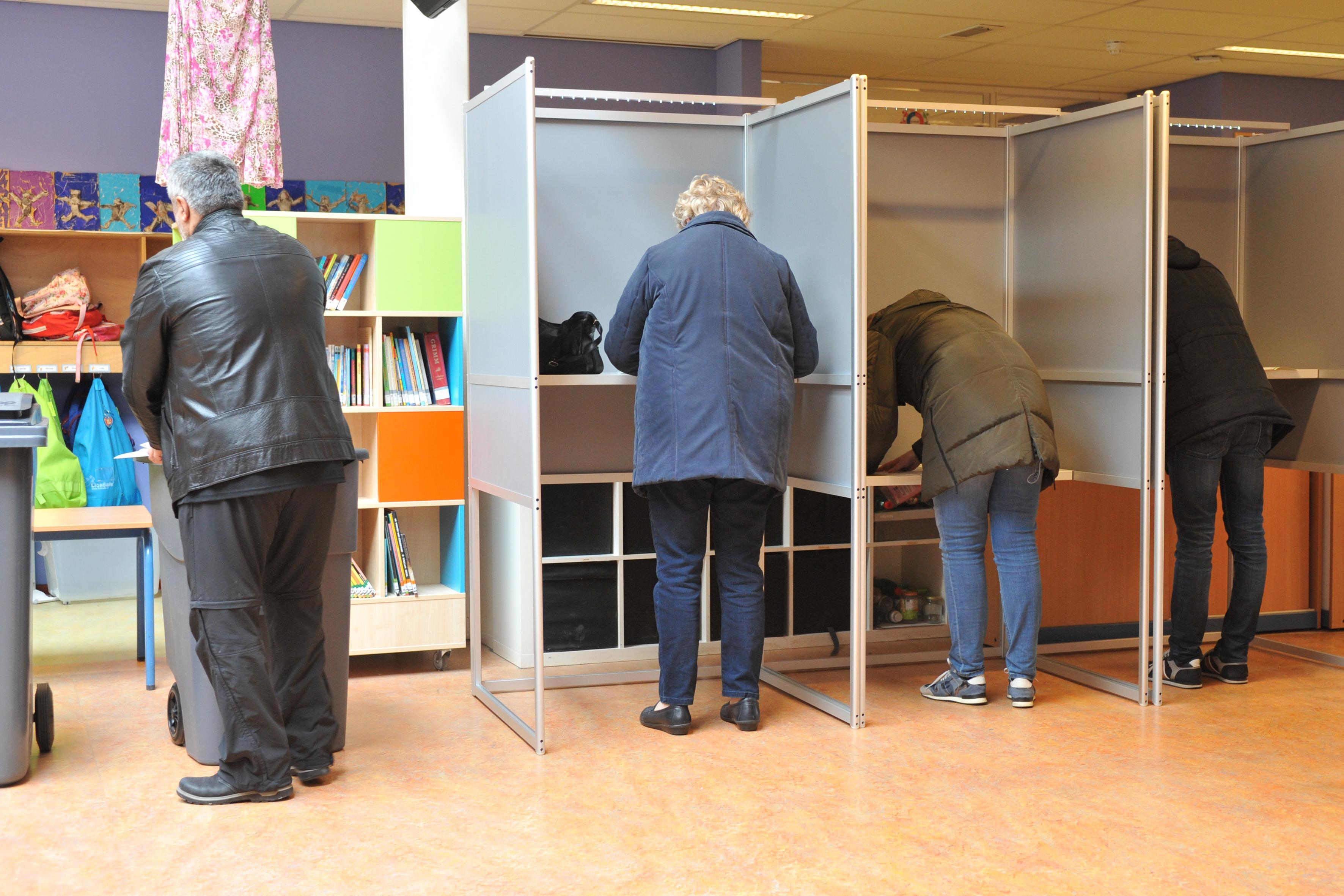 Mobiele stembureaus van Buko bij Heemskerkse verzorgingshuizen, ook andere gemeenten hebben belangstelling: 'We hebben heel veel offertes uitstaan'