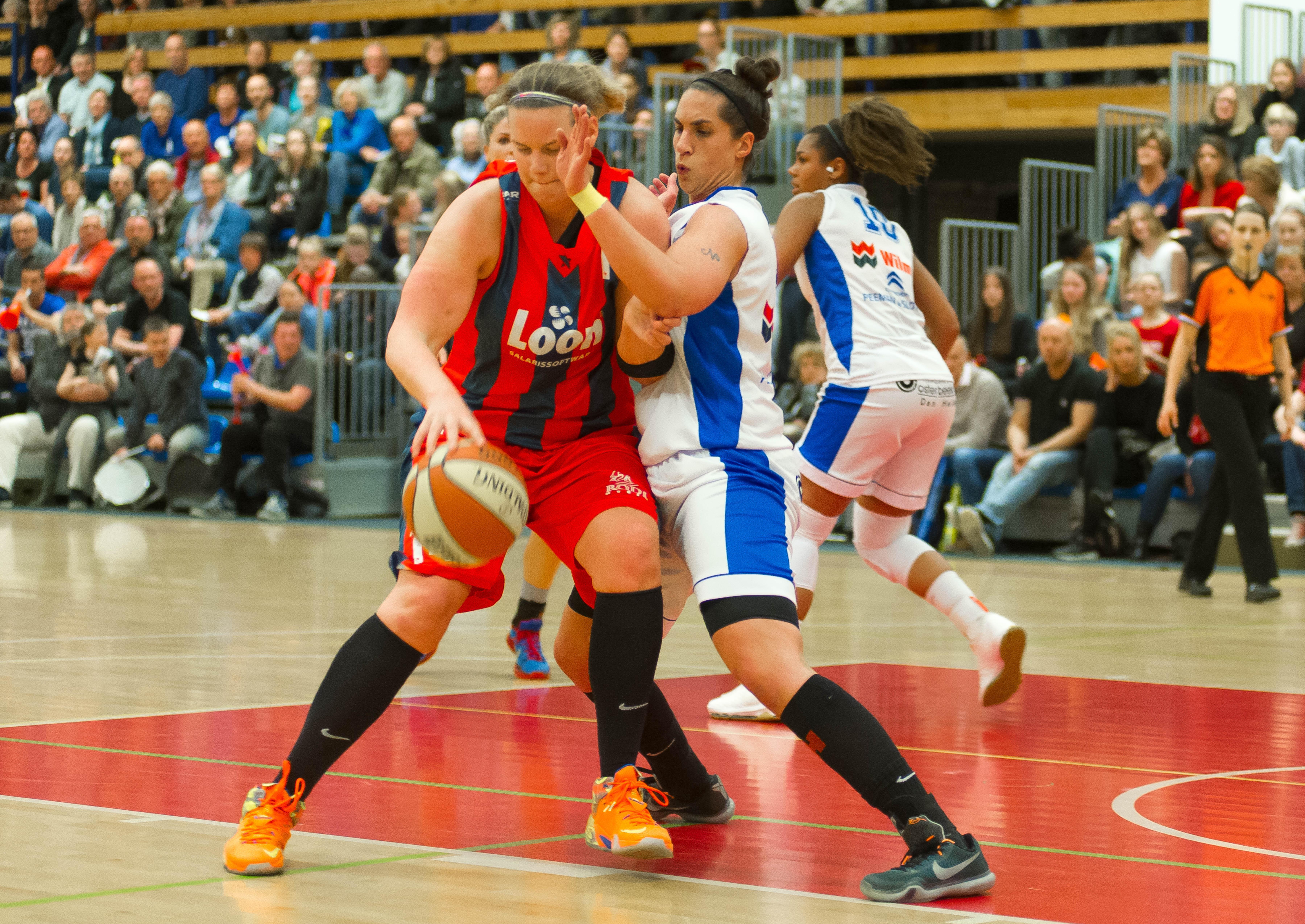 Bouwen bij basketbalsters Lions uit Landsmeer is toverwoord Marlous Nieuwveen, maar de nieuwe coach wil in de eredivisie ook presteren