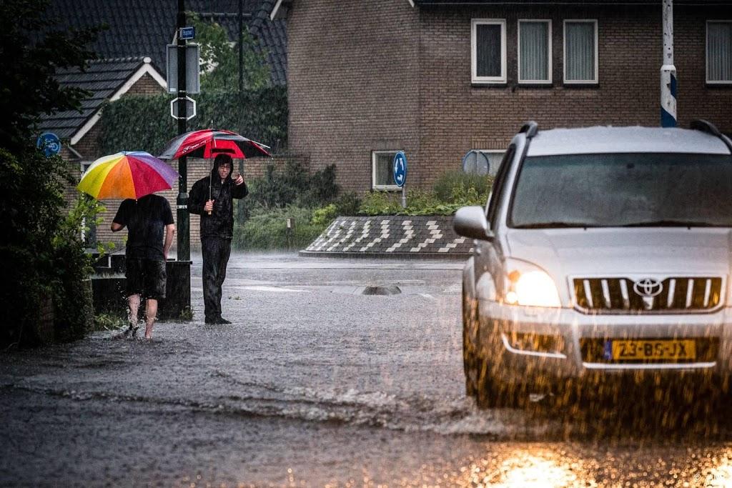 Code oranje in noorden wegens onweer en hagel beëindigd