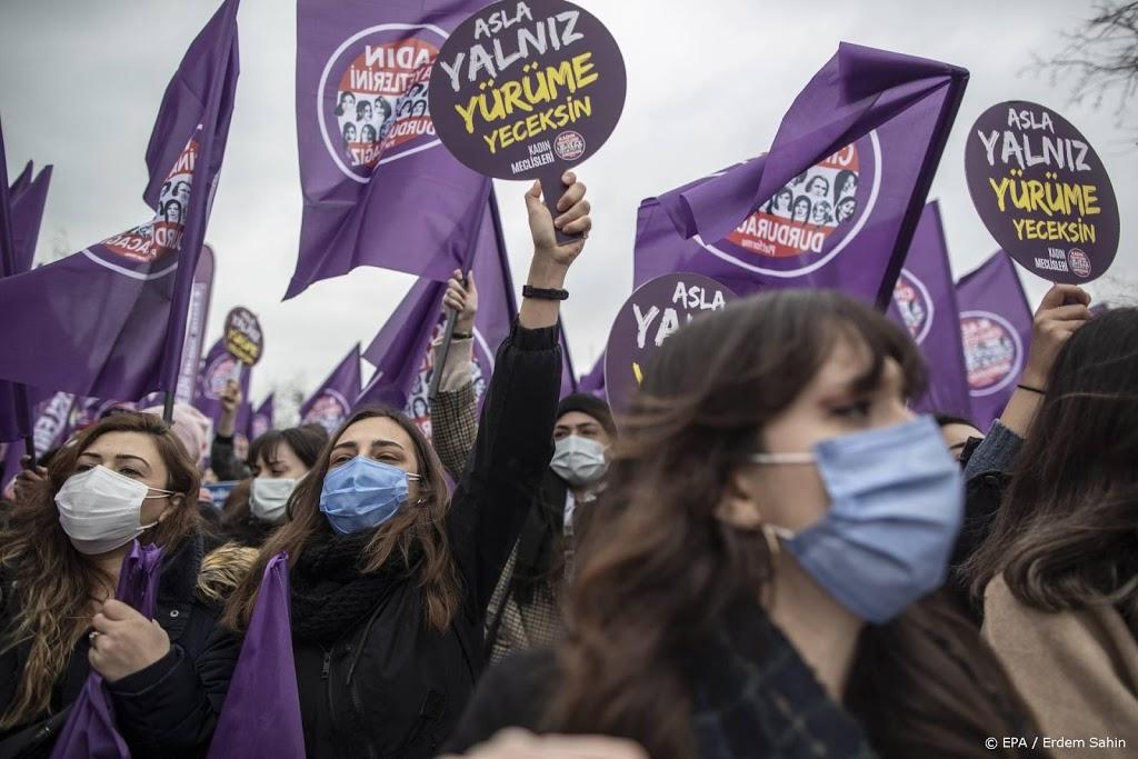 Erdogan oogst kritiek na opzeggen vrouwenrechtenverdrag
