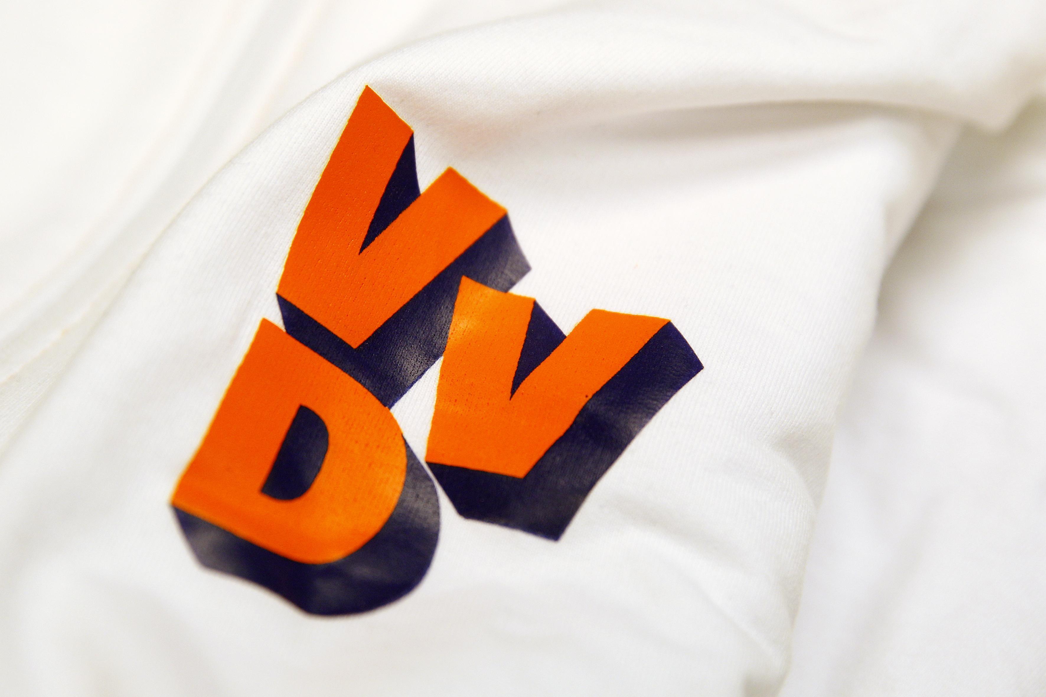Erepenning VVD voor Hans Furnée uit Hazerswoude