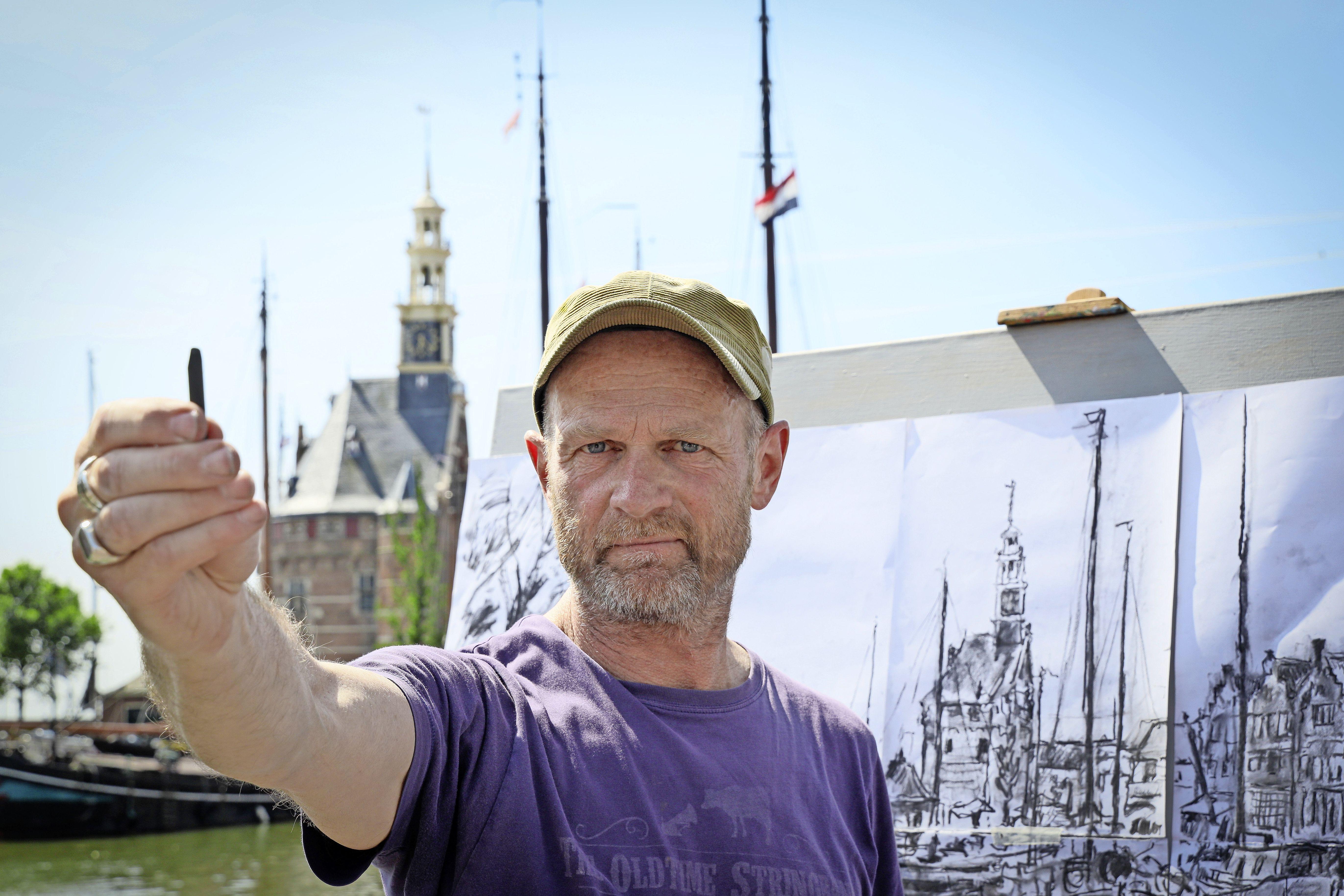 Koeienschilder Ruud Spil wisselt opnieuw van koers met stadspanorama's: 'Afgekeken van Breitner: ik ga de straat op'
