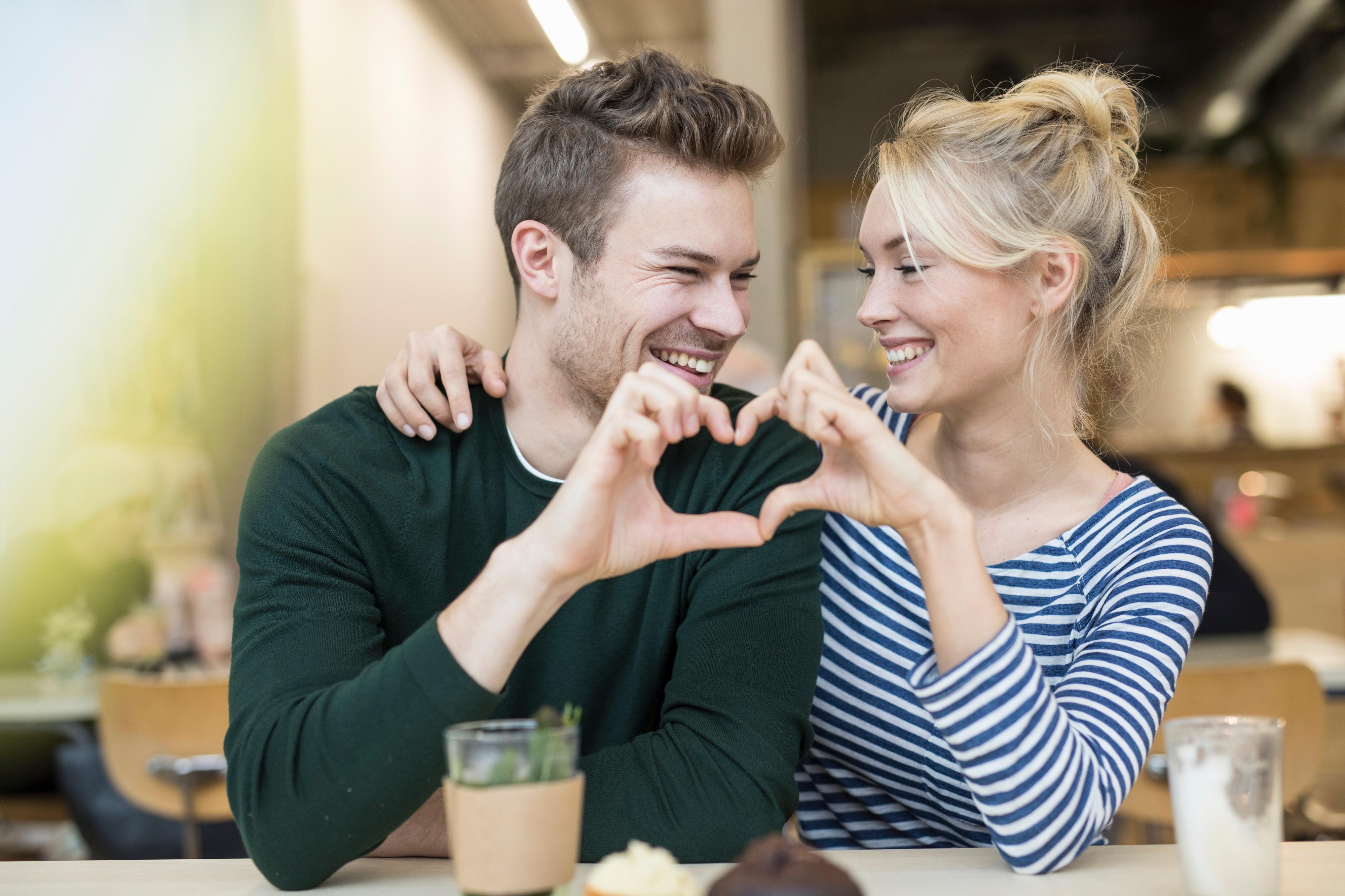 online dating ABC Nieuws online dating antwoorden op e-mails