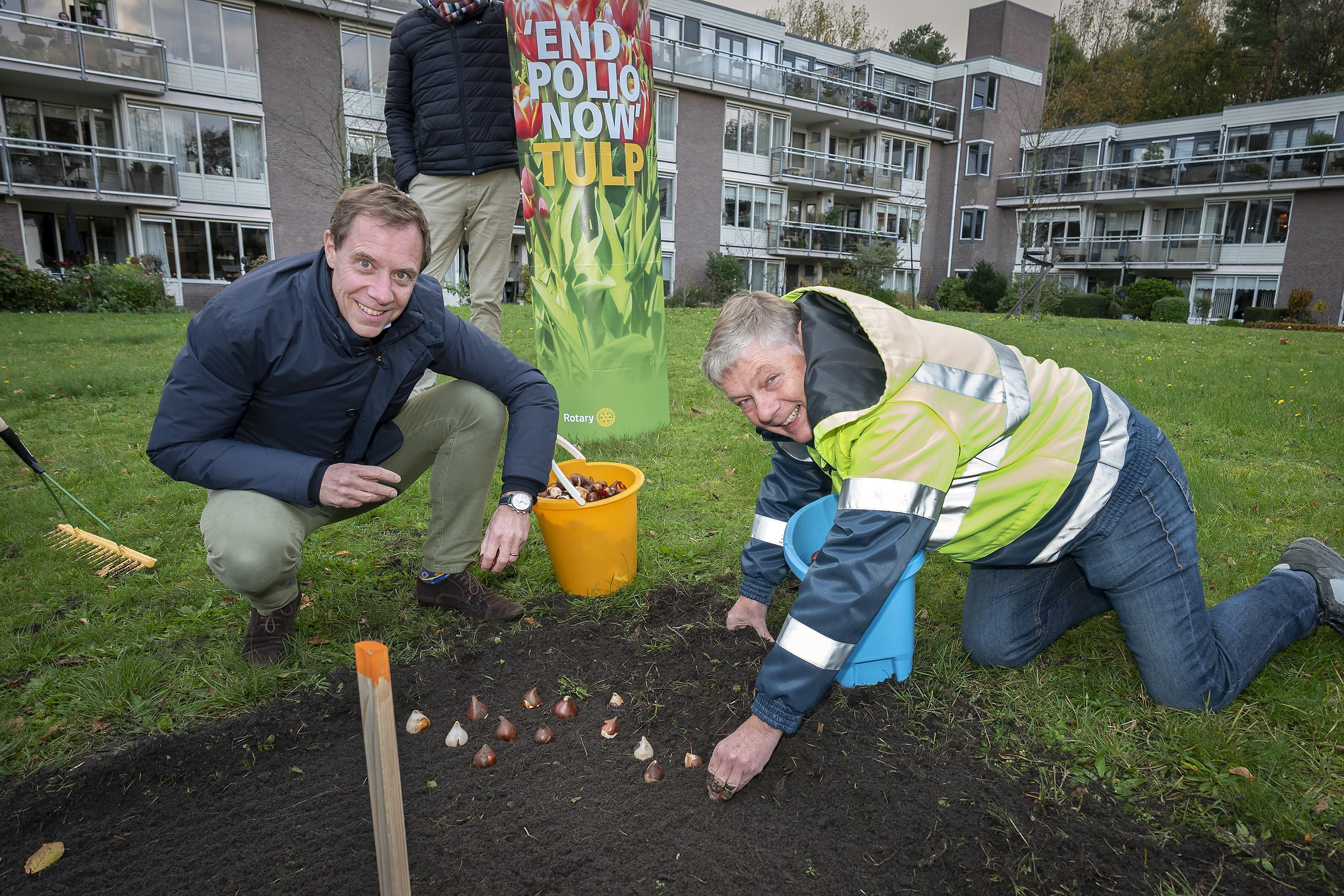 Bewoners Huize Aelbertsberg in Bloemendaal kunnen uitkijken naar bloeiende tulpen