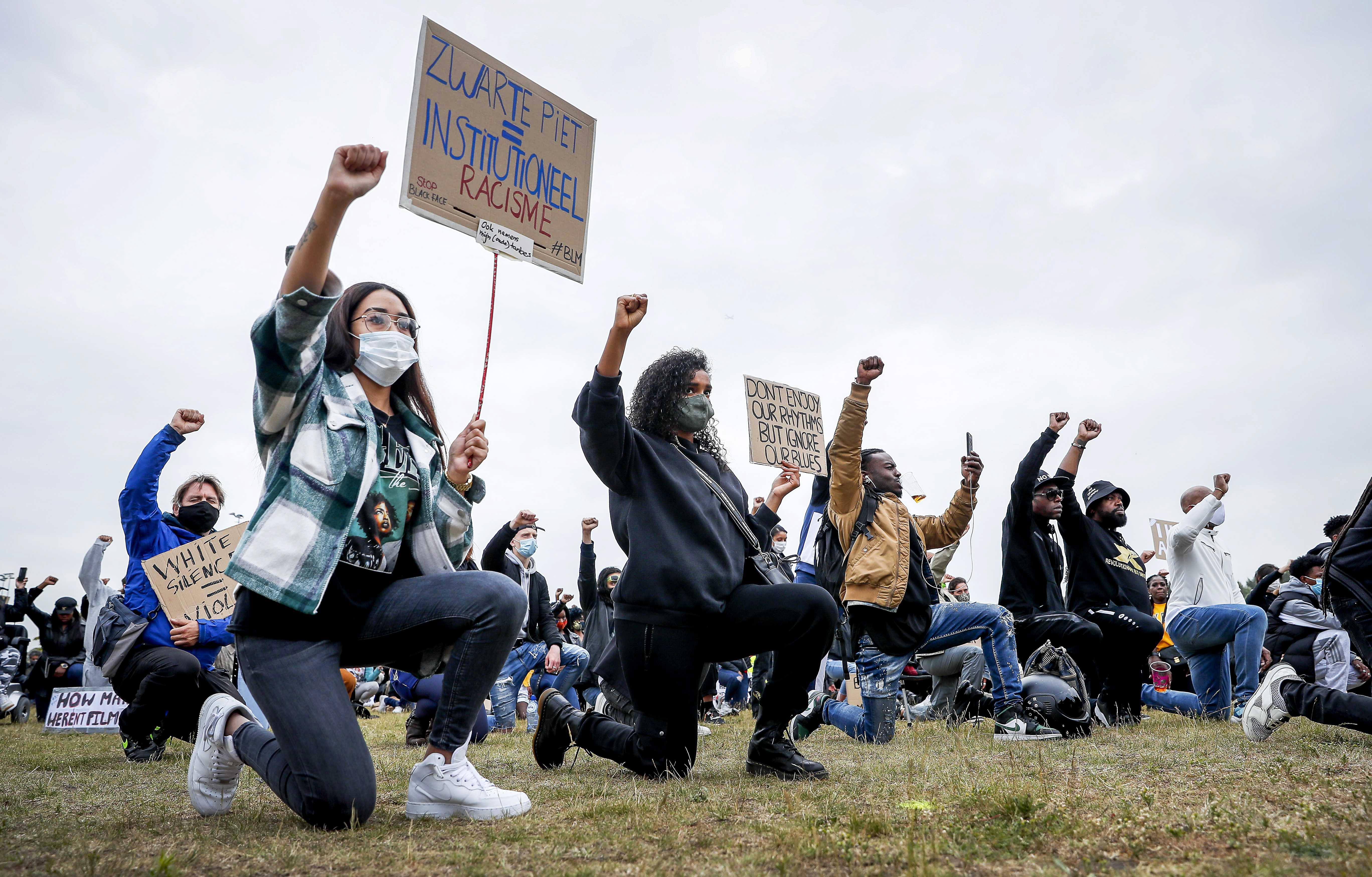 Demonstratie Black Lives Matter zondag op sportpark De Vliet