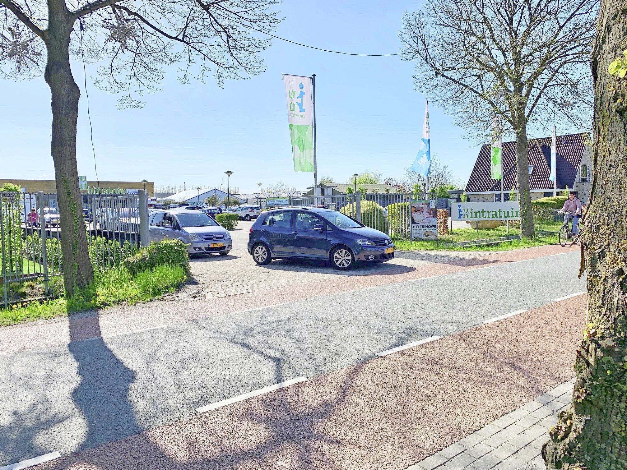 Bewoners Noorderdracht missen actie van gemeente tegen verkeersoverlast: 'Wij horen niets van Drechterland'