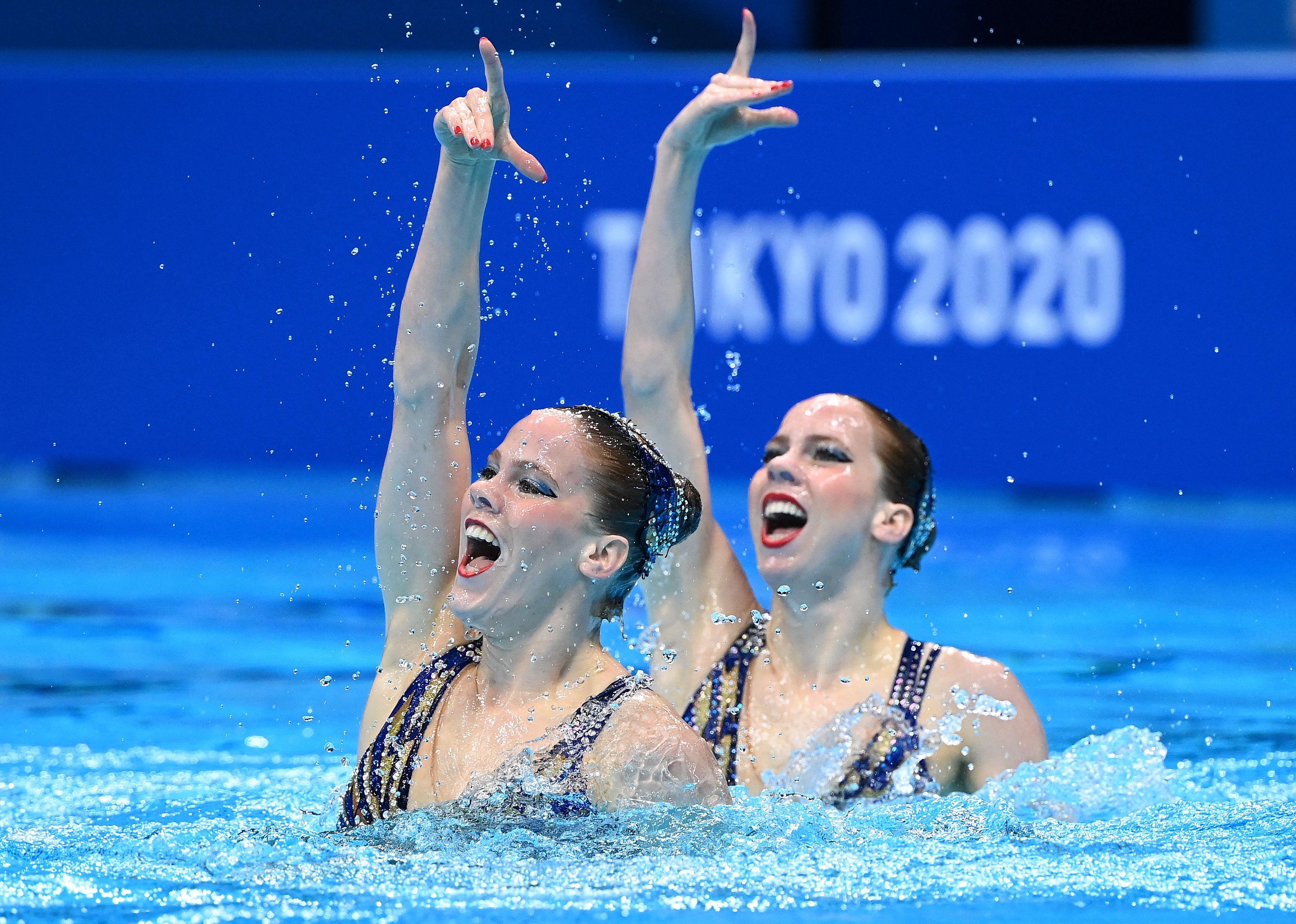 Synchroonzwemsters De Brouwer voorlopig op tiende plaats