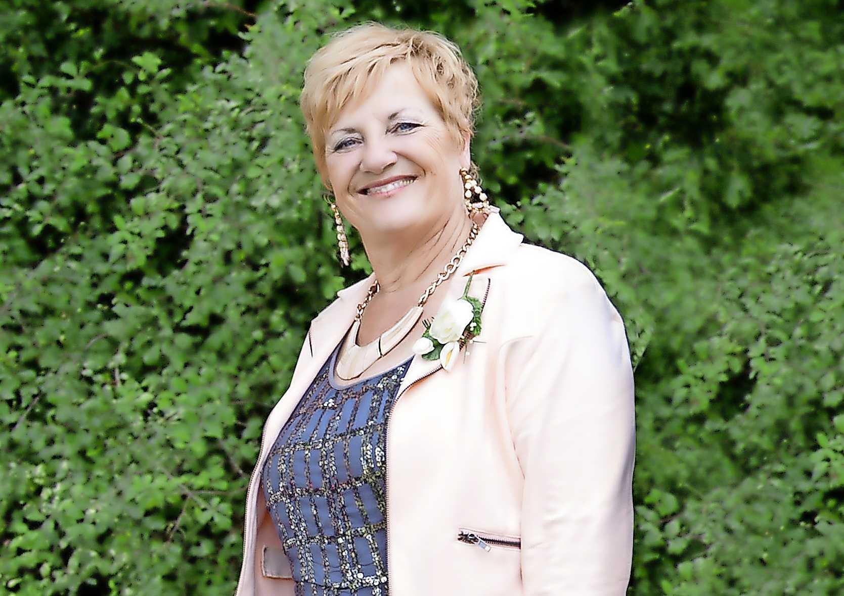 Precies een jaar na de aanrijding op de N245 die aan Carina Stoop-Vonk (67) uit Warmenhuizen het leven kostte, dreunen het ongeluk en de nasleep nog altijd na bij haar familie