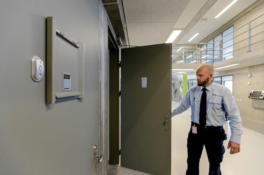 Twee jaar cel voor smokkel coke Hilversum