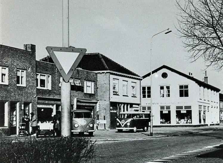Velsen van Vroeger: De bank die uit Santpoort-Noord verdween