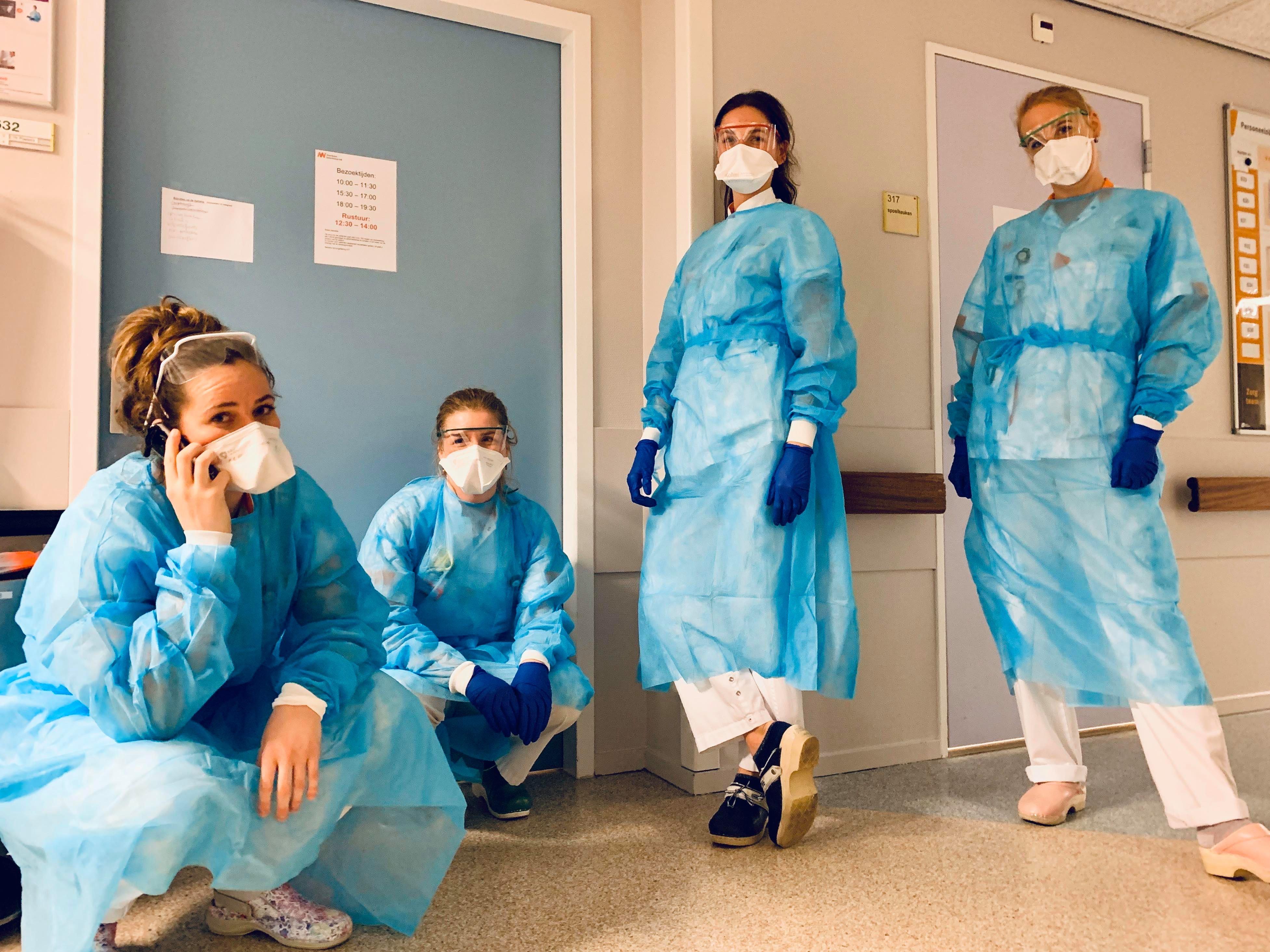 Longverpleegkundige geeft in Facebookboodschap blik op coronarealiteit in Alkmaars ziekenhuis: 'De avond… waarop we er alles aan zullen doen om u, uw moeder of vader te verplegen of zelfs het leven te redden'