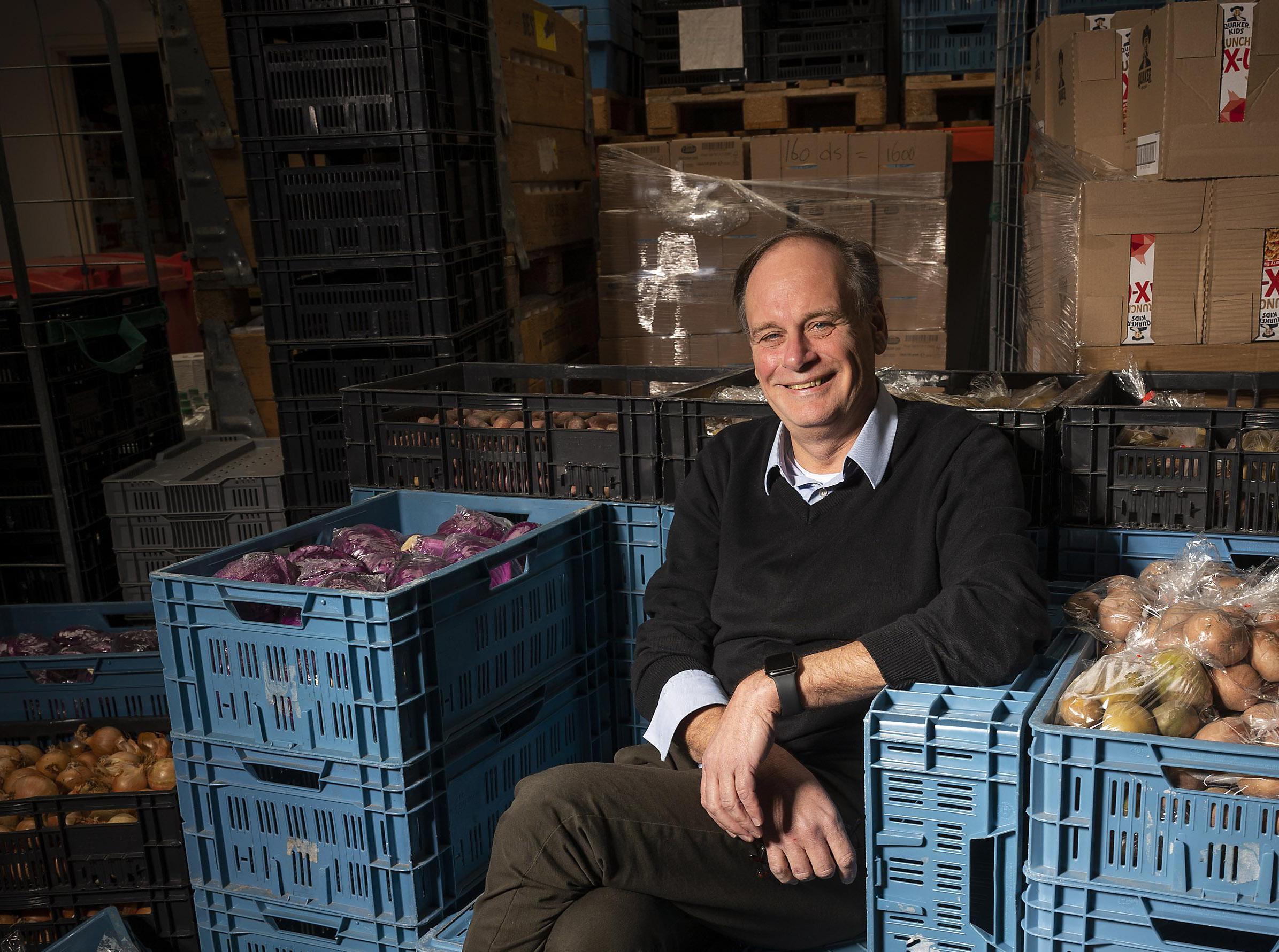 Voedselbank Zaanstreek balanceert op het randje; bodem komt weer in zicht; 'Zonder alle steun hadden we het niet gered'