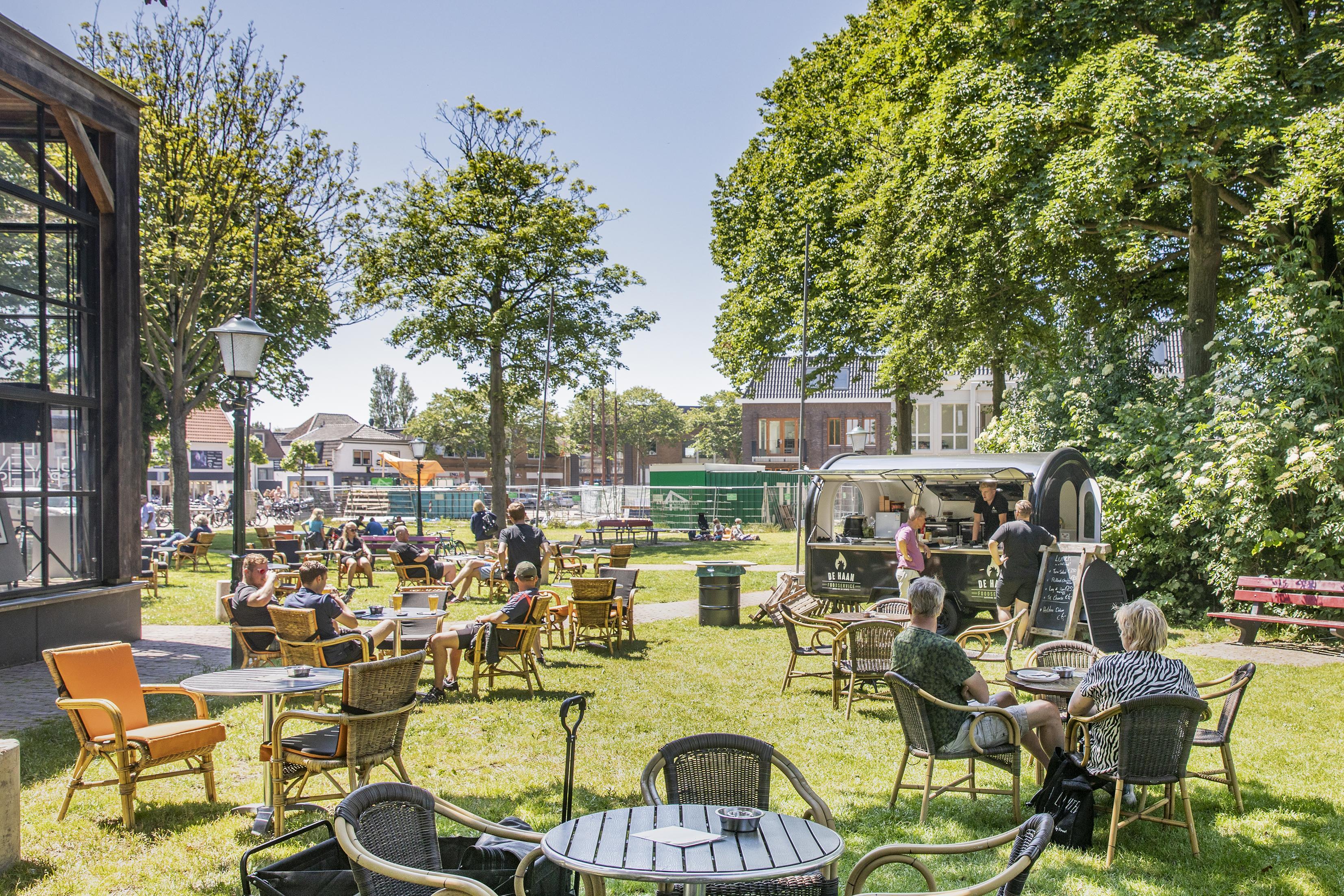 Terrassenbeleid Texel deze winter minder soepel dan van de zomer. 'Niet overal kan een tent geplaatst worden'