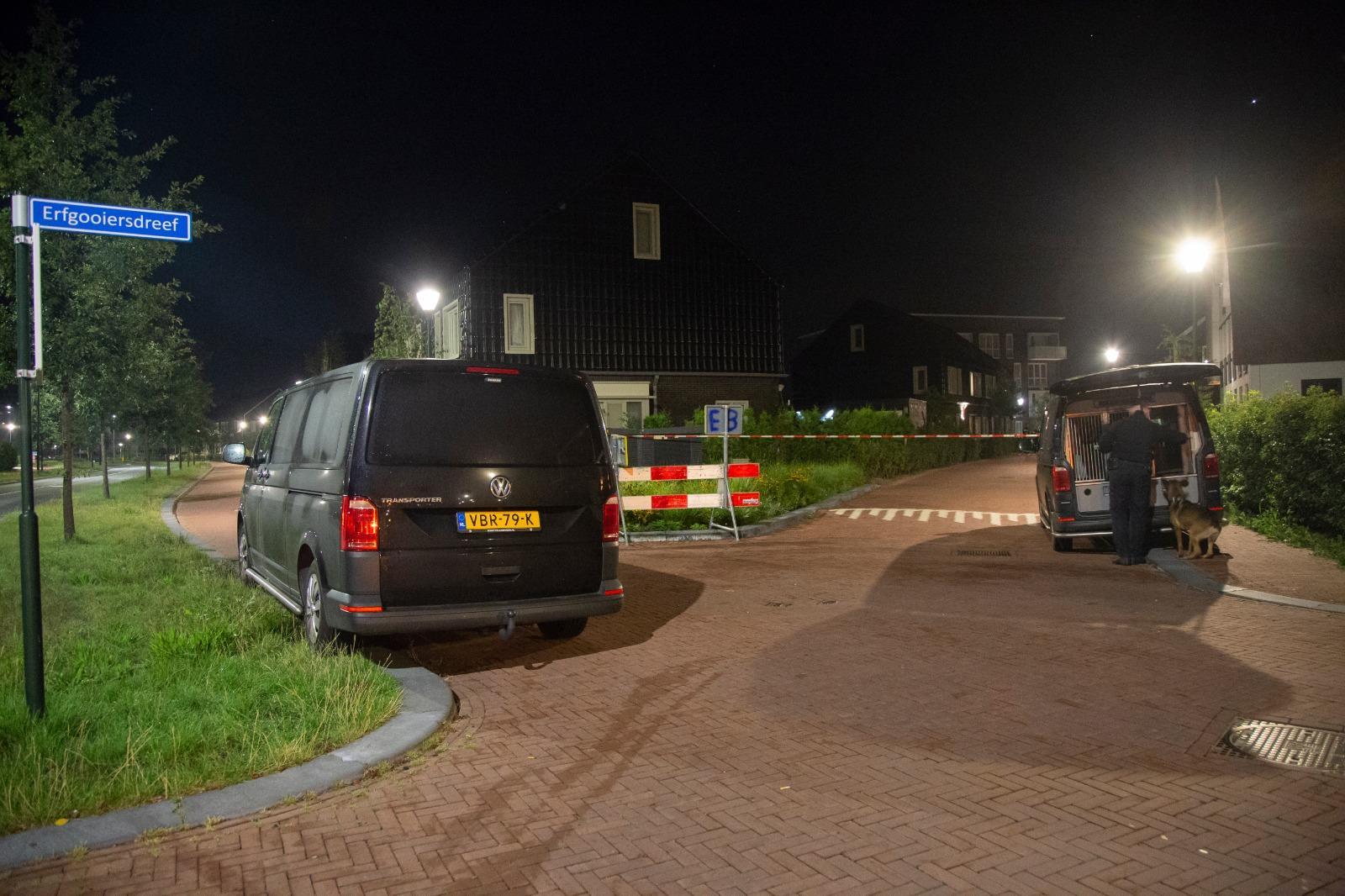 Incident bij een woning in Blaricum; 'Vermoedelijk ligt de aanleiding in de relationele sfeer' [update]