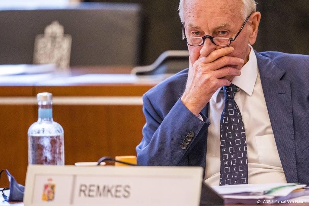 Remkes zet Limburgse Staten het mes op de keel