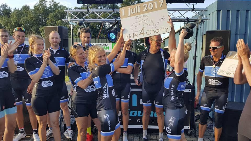 Ride for Charity: 11.497 euro voor scherm kinderafdeling Westfriesgasthuis