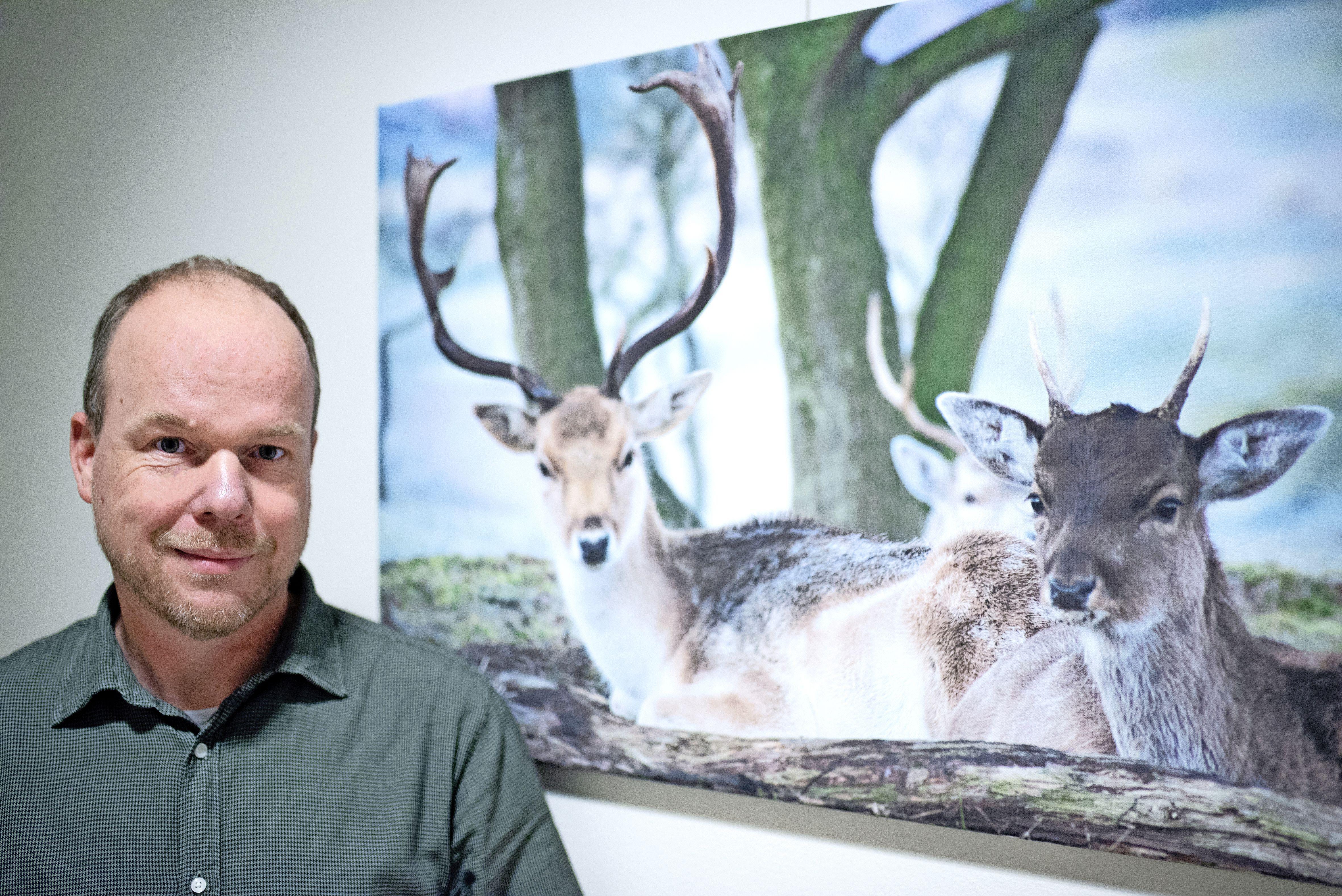 Natuurfotograaf Willem Visser maakt verjaardagskalender: 'Het is met deze kalender heel leuk om mensen nog bewuster te maken van al het moois in de natuur en dat zo dichtbij'
