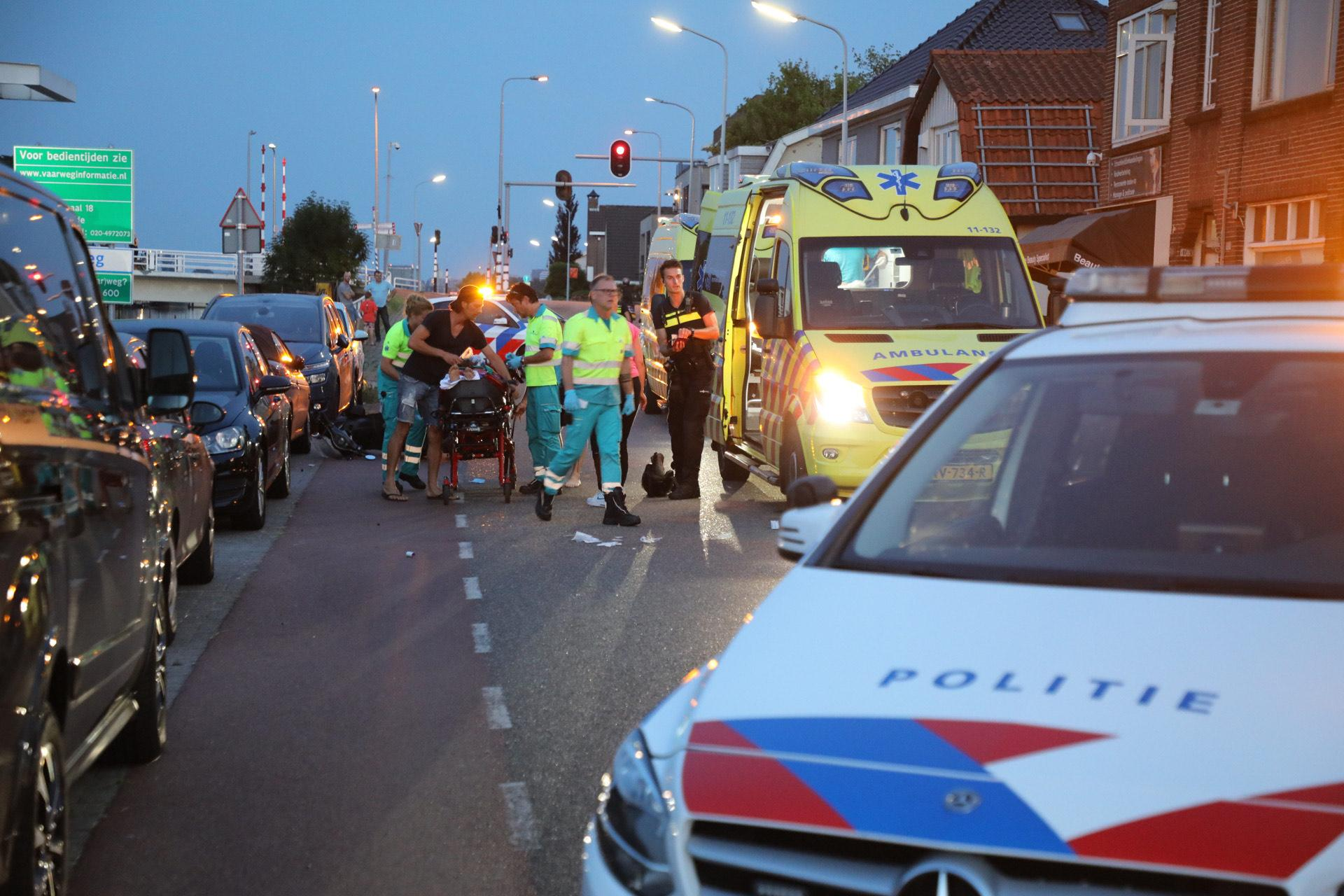 Scooterrijder ernstig gewond bij ongeval in Zwanenburg