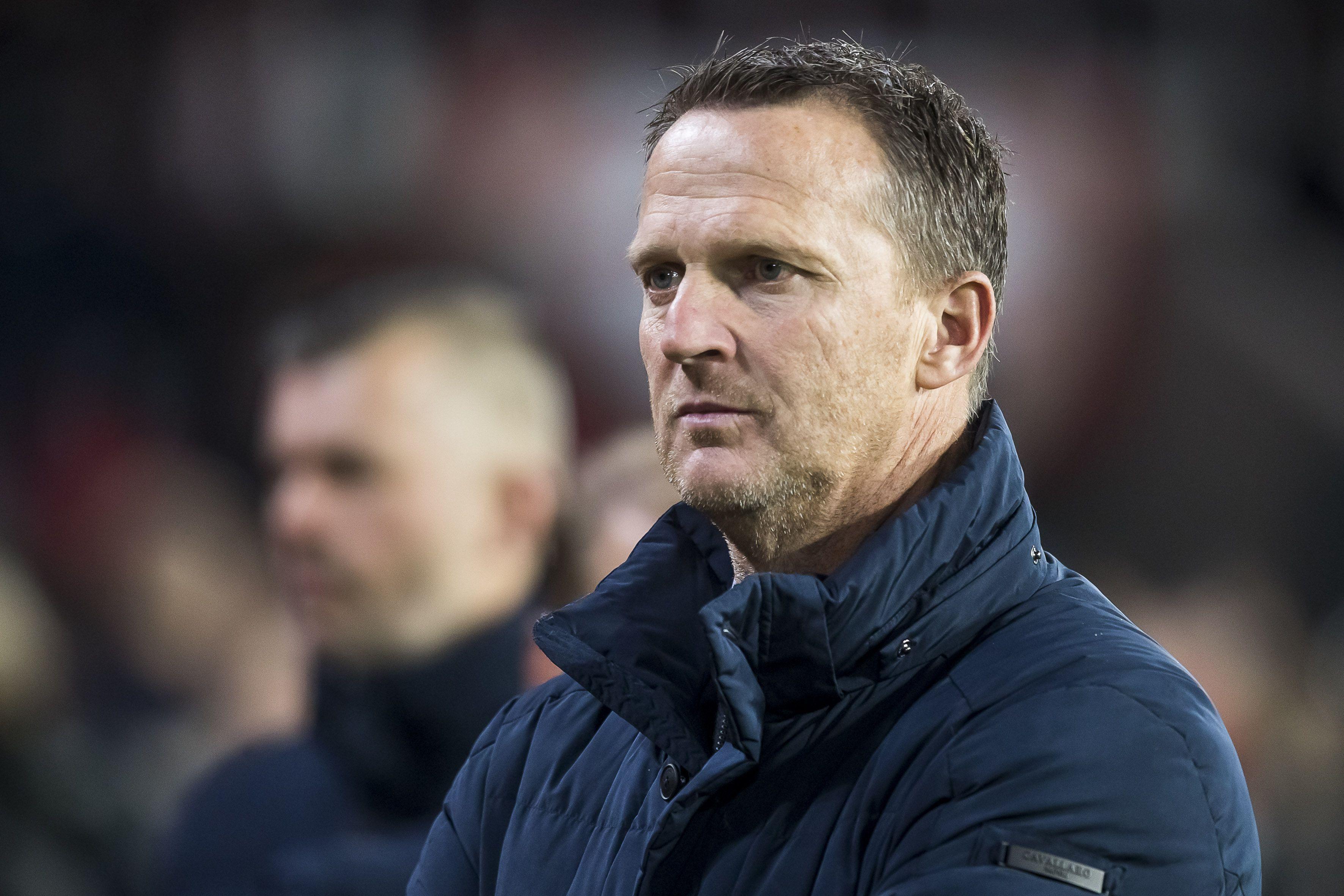 Van den Brom na overwinning op Ajax: 'Hopelijk zijn we nu van dat gezeur af' [video]