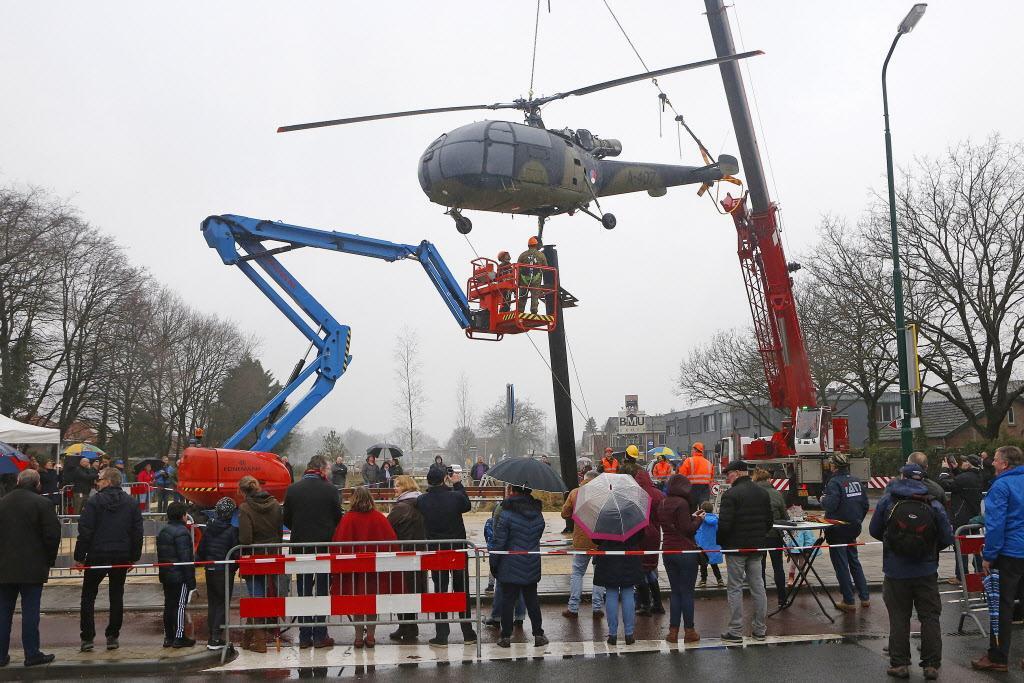 Mooie 'Amerikaanse droom' in Soesterberg dreigt in duigen te vallen; Kunstwerk moet herinnering aan gestationeerde militairen levend houden