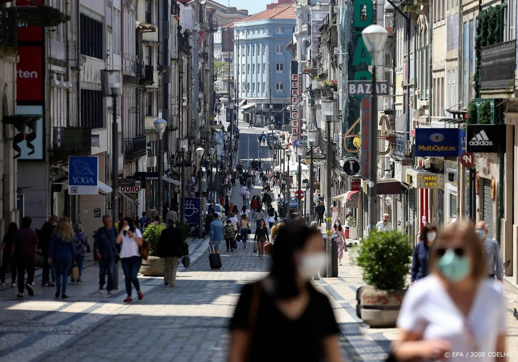 Portugal verplicht mondkapjes overal op drukke plekken