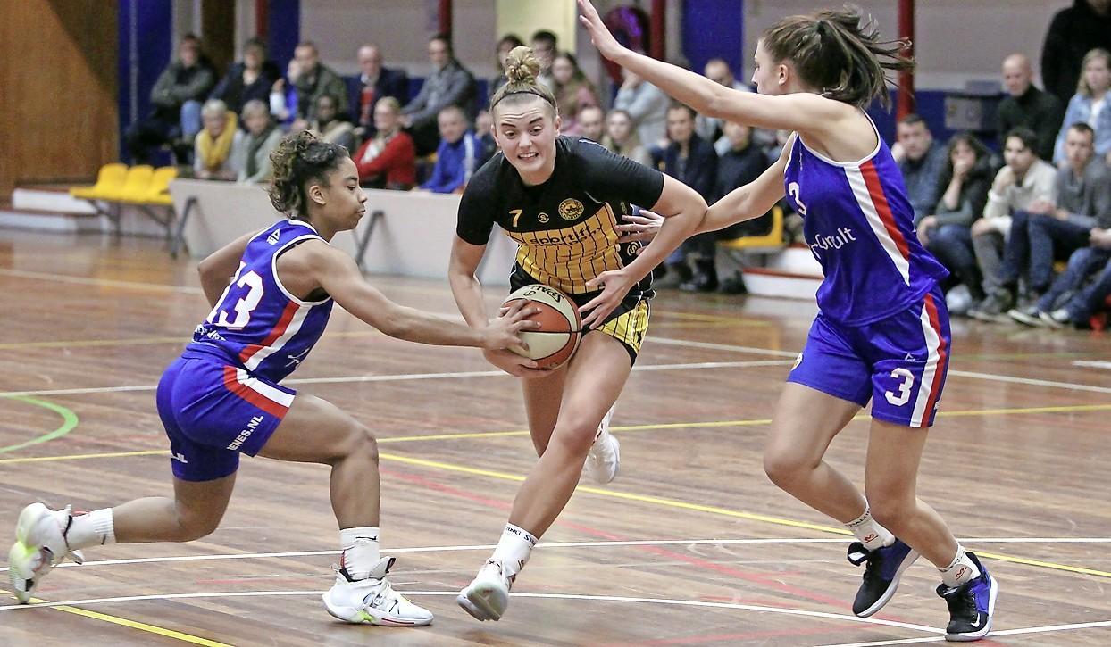 Basketbalsters Grasshoppers winnen ook in Den Helder (62-75)