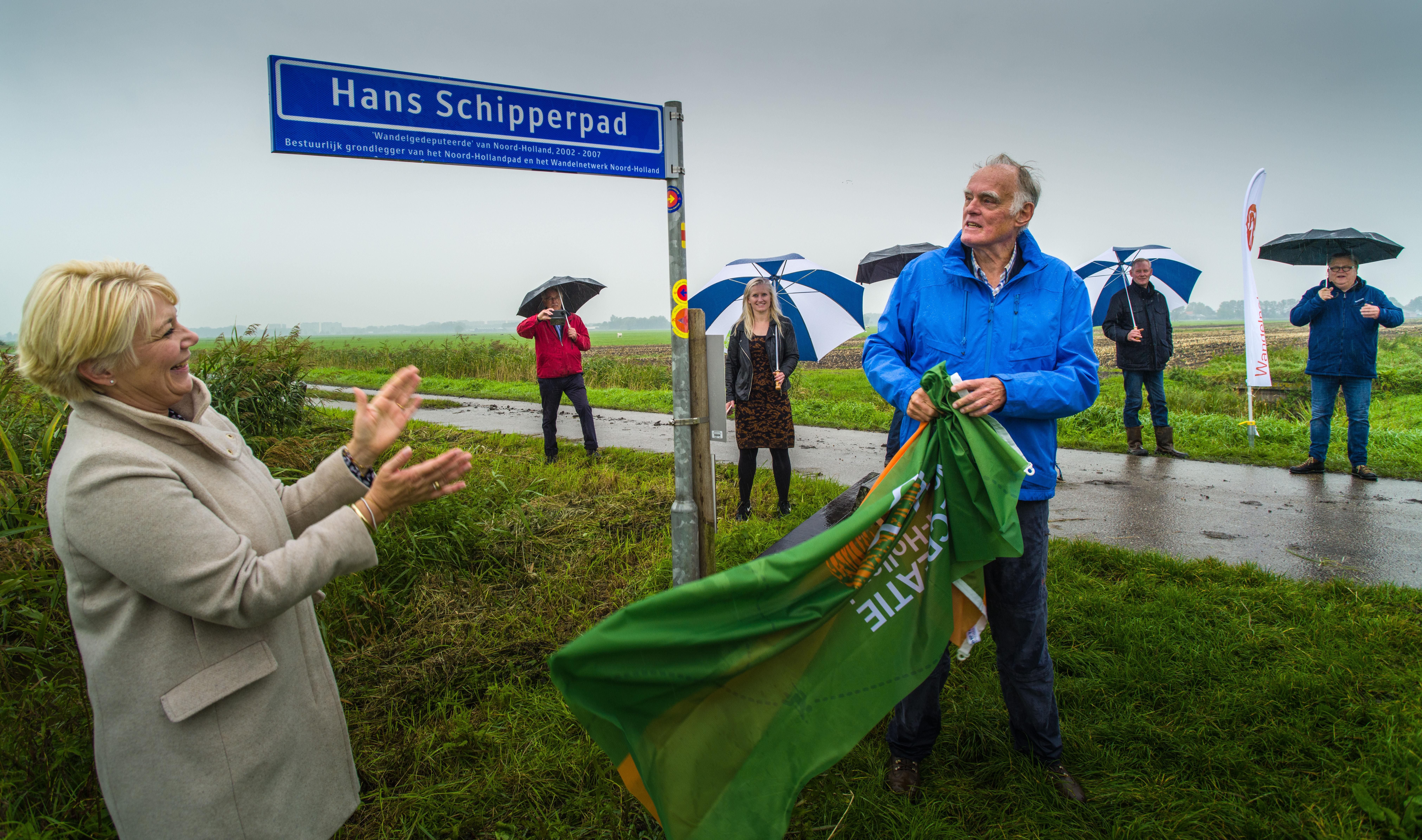 Zijpad van Bijensnelweg alias Vlinderboulevard in Amstelveen draagt naam van 'wandelgedeputeerde' Hans Schipper