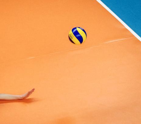 Volleyballers Spaarnestad laat kampioen goed zweten