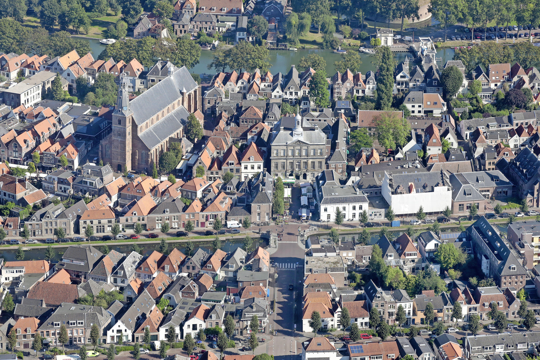 Afbrokkelende coalitie in Weesp zorgt voor nieuw elan in de politiek: 'Het wordt spannender, democratischer en eindelijk krijgt de oppositie ook eens een kans'