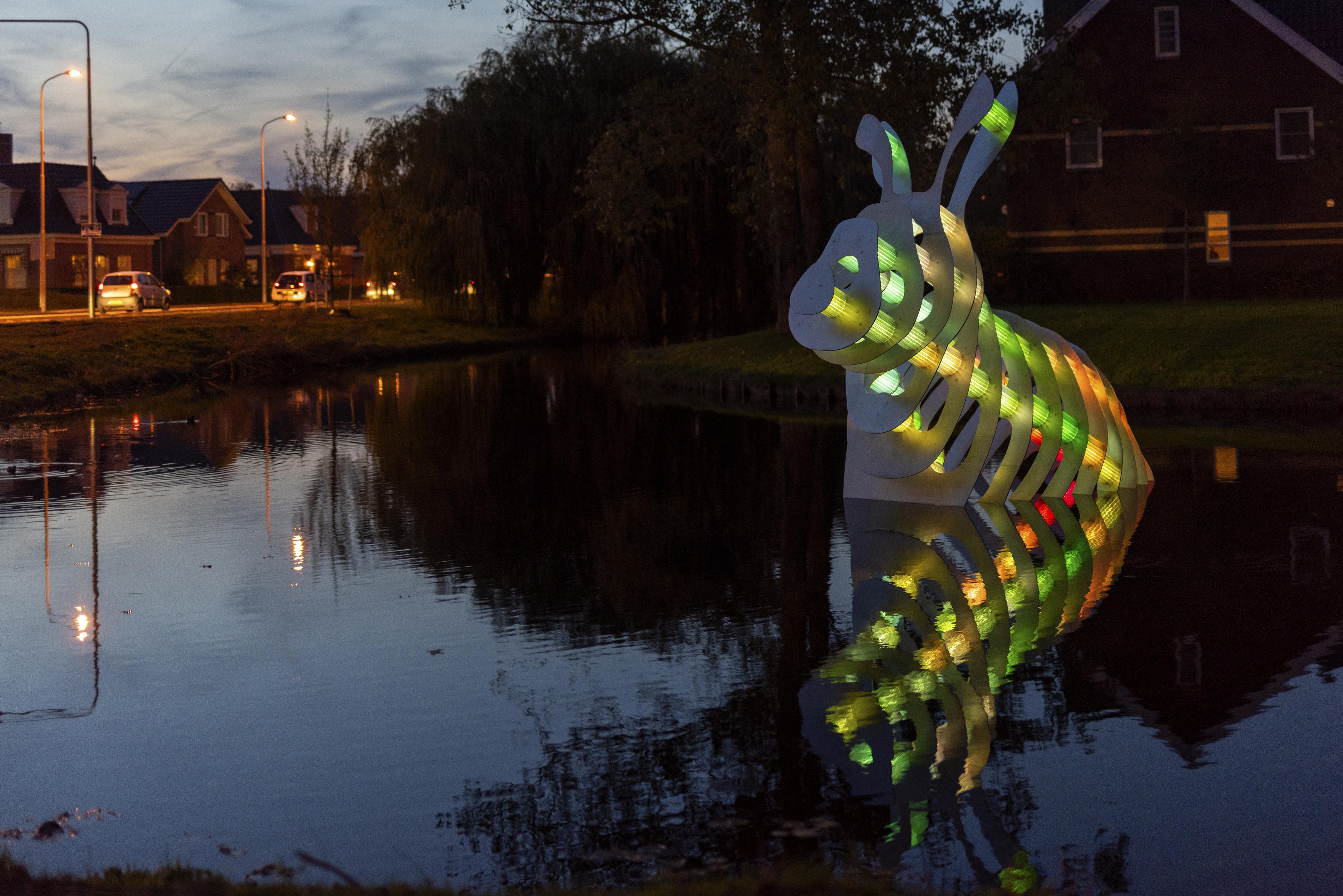 'Dat was best leuk geweest! Is een regenboogkonijn een mooi alternatief voor het regenboogzebrapad, Aad Schoorl?'