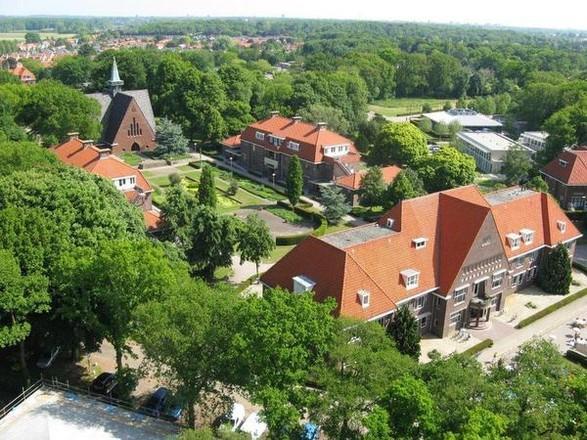 Twee uur voor niks onderhandeld bij Raad van State over vijftig woningen minder in Park Vogelenzang