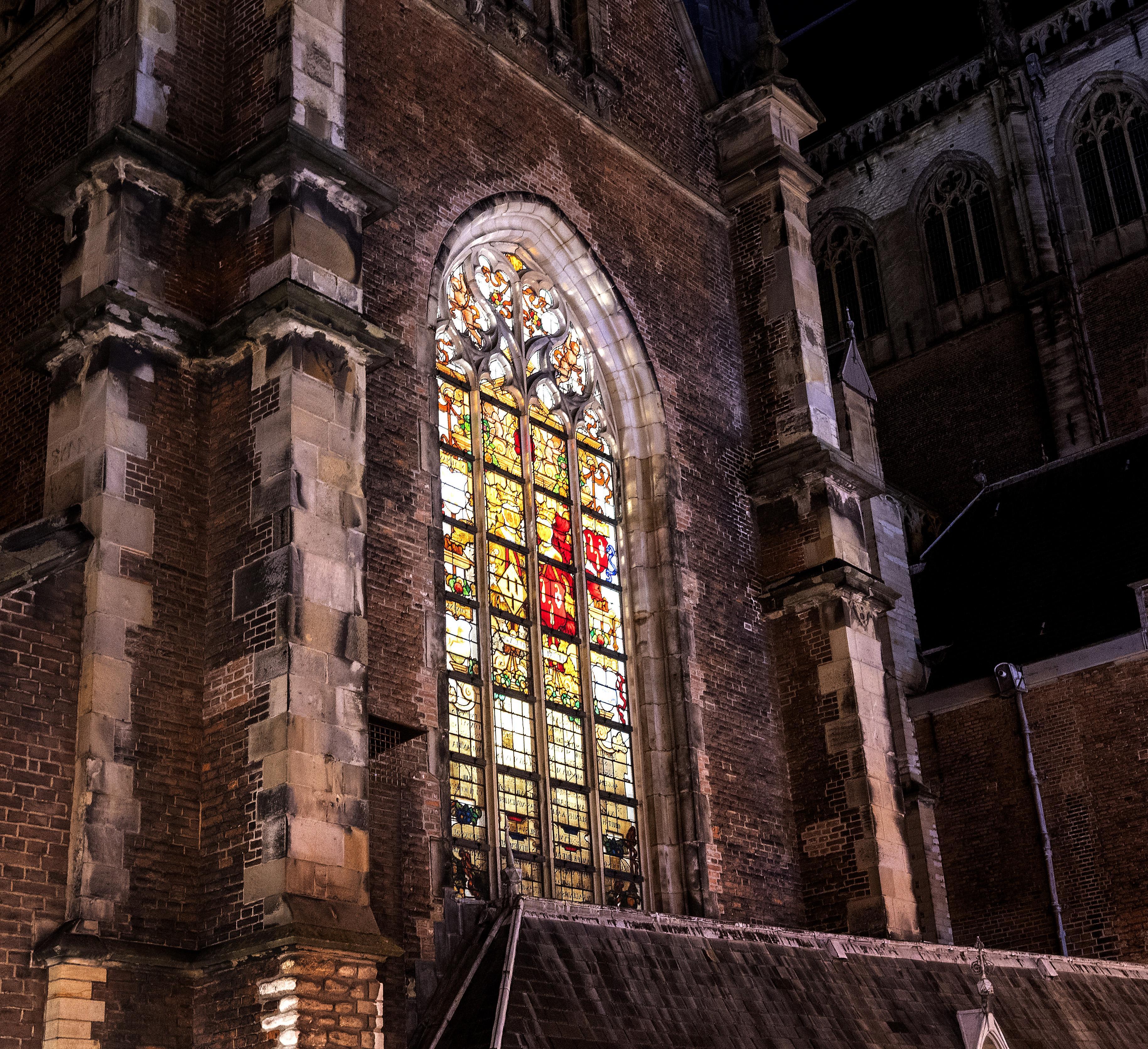 Haarlem door de ogen van theoloog en predikant Kick Bras. 'Geloof biedt houvast in onzekere coronatijd'