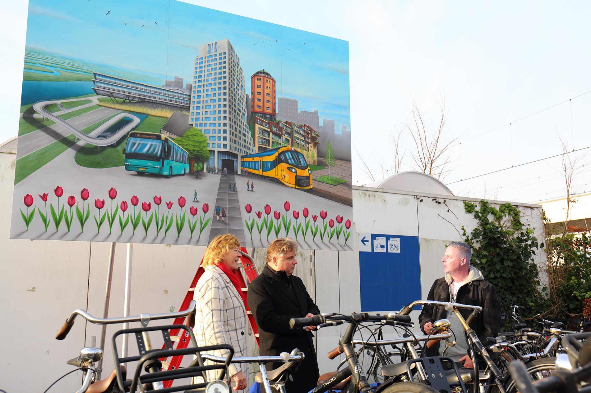 Onthulling graffitiwerk markeert start metamorfose Heerhugowaards stationsgebied: investering van miljoenen in modern OV-knooppunt