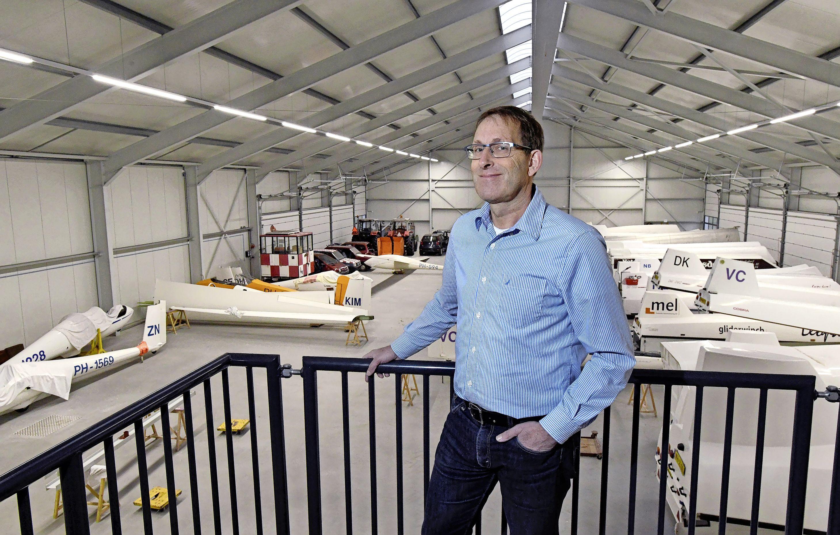 Omwonenden van zweefvliegcentrum in Slootdorp willen dat de rechter het vliegen met gemotoriseerde vliegtuigjes onmogelijk maakt. 'In stiltegebieden mag helemaal geen lawaai worden gemaakt'