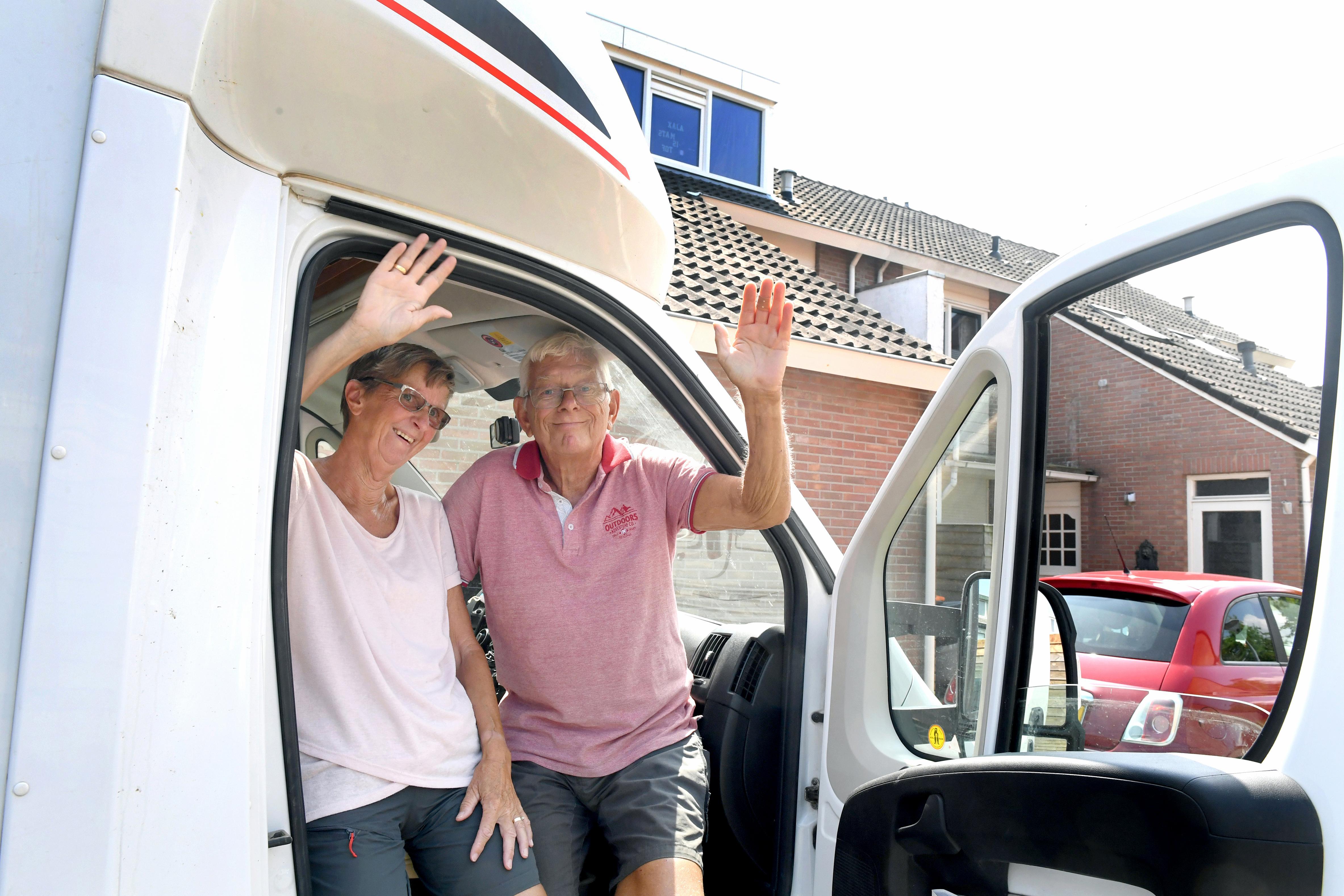 Anita en Hans Grotewal zijn terug in Julianadorp na maanden in Marokko tegen woestijnzand te hebben aangekeken vanwege corona