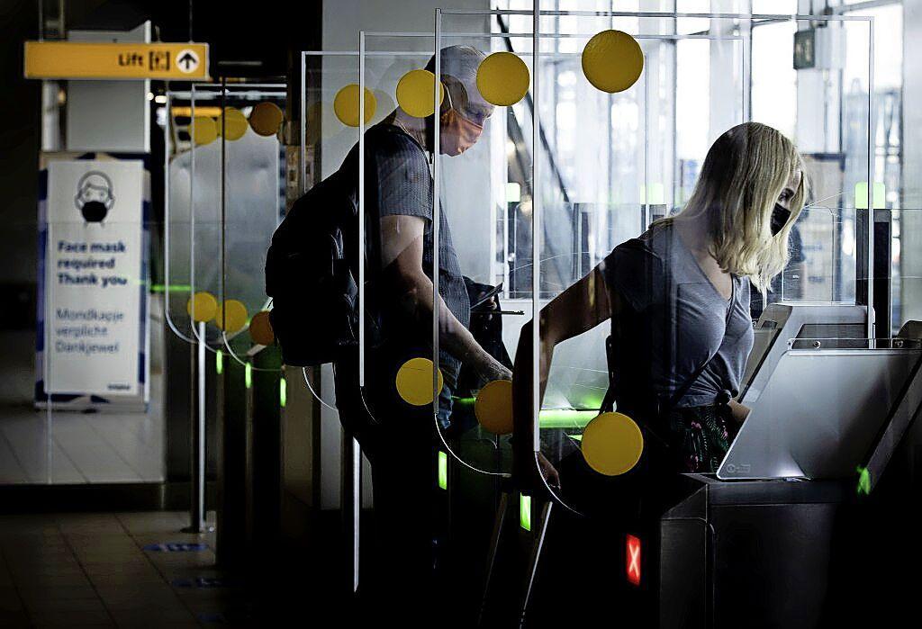 Roosterstress: beveiligers op Schiphol krijgen dubbel loon voor extra werken