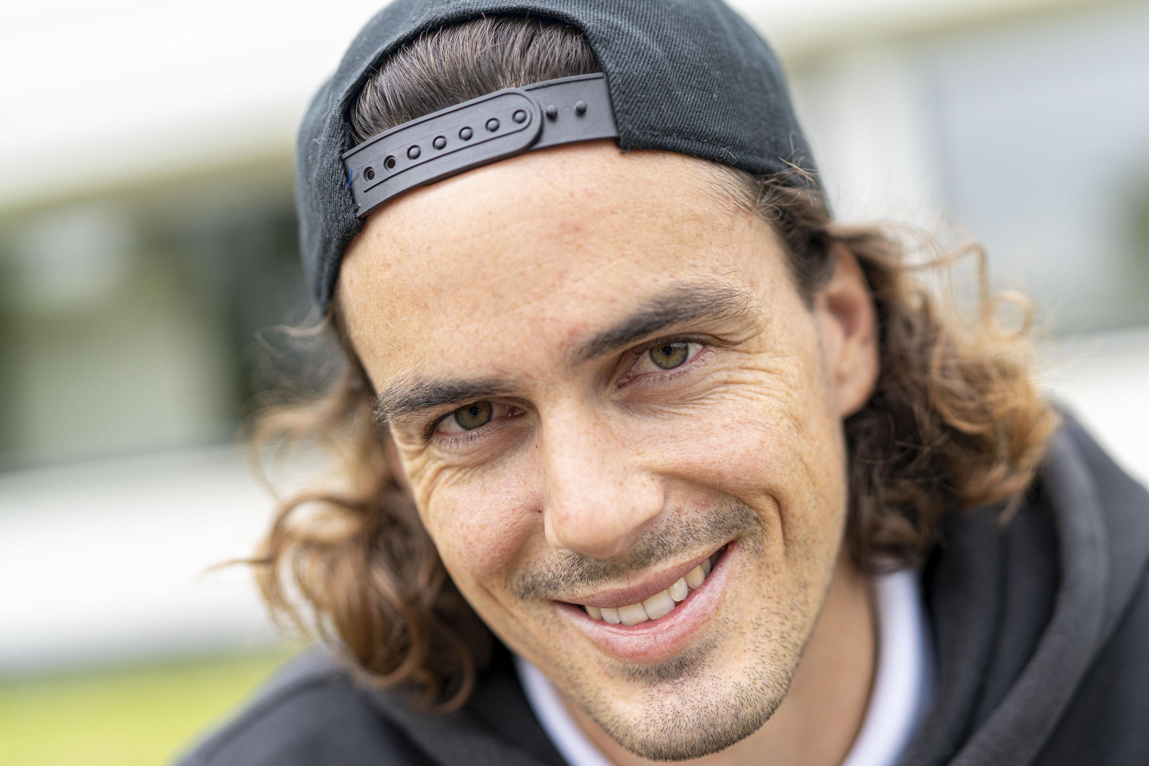 Mondiale nummer vijf, Paul Coll, is heel competitief ingesteld en is blij in juli weer squashbaan op te mogen al is het dan wel in België